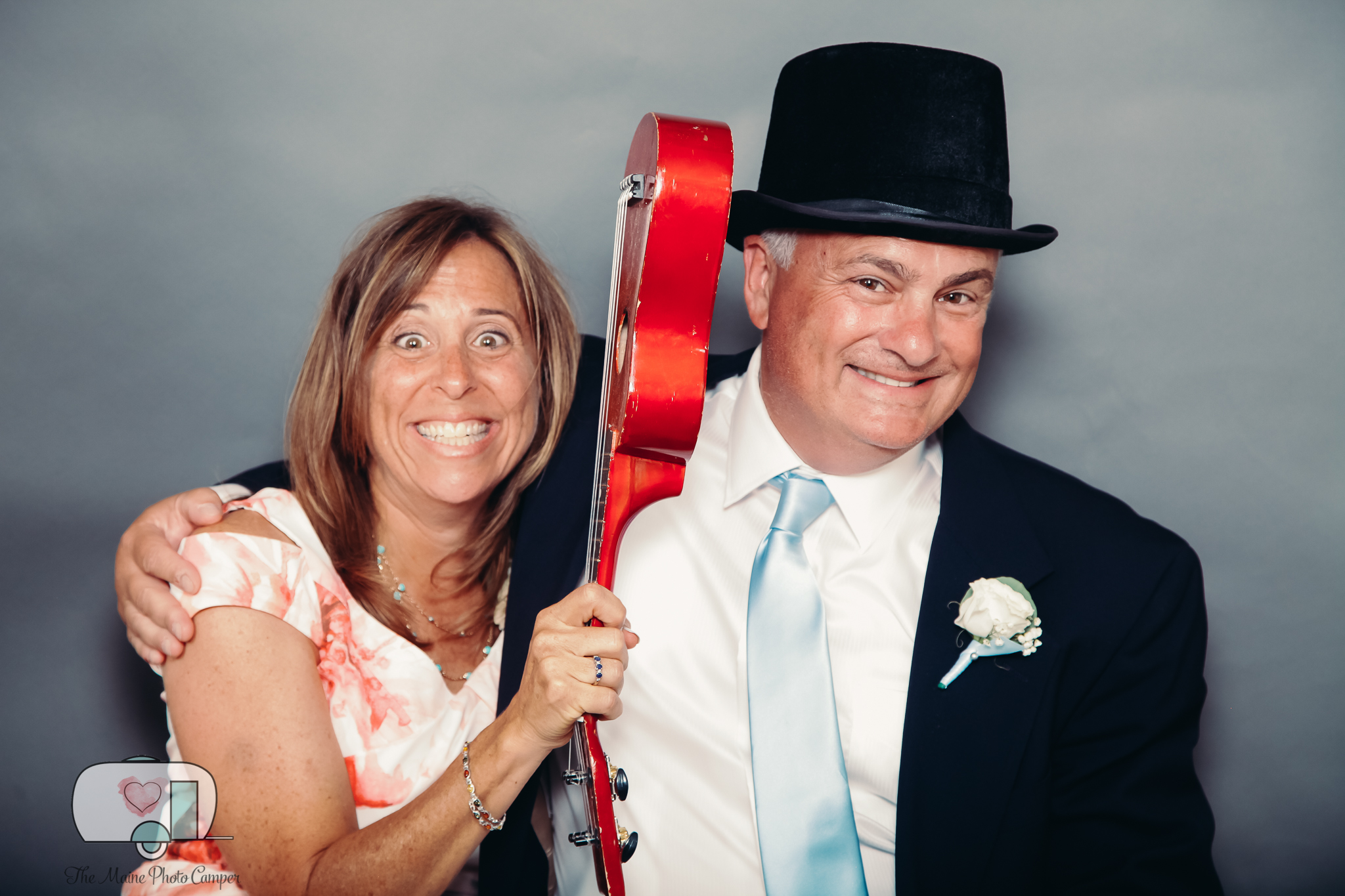 THE MAINE PHOTO CAMPER, MAINE PHOTO BOOTH RENTAL, MAINE TINKER PHOTOGRAPHY, JOSIAS FARM, CAPE NEDDICK WEDDING -2-15.jpg