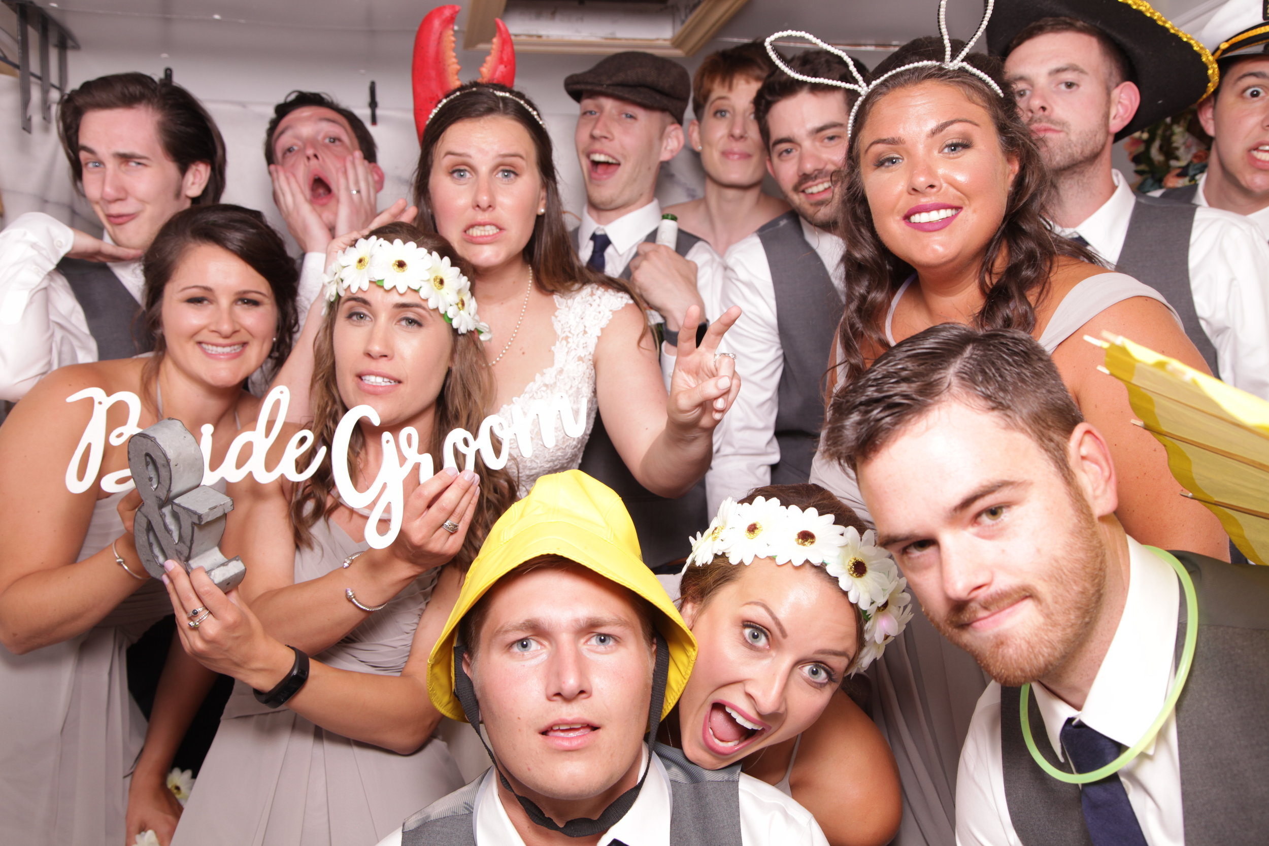 the maine photocamper, maine photo booth rentals, granite ridge esate and barn, maine weddings, wedding ideas 14.JPG