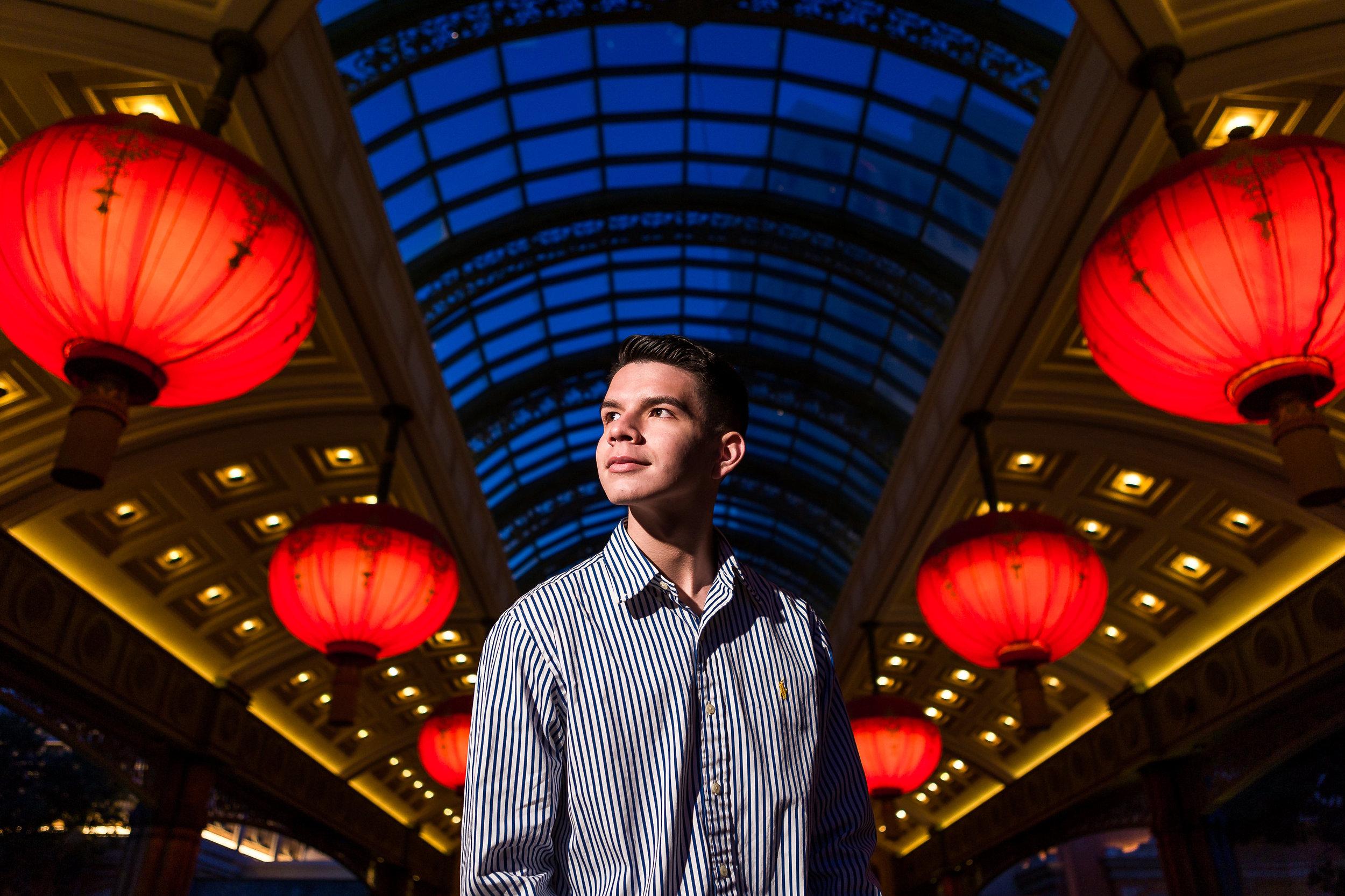 Las_Vegas_HS_Senior_Photos_Bellagio_Paris_Caesars_Portraits-0217.jpg
