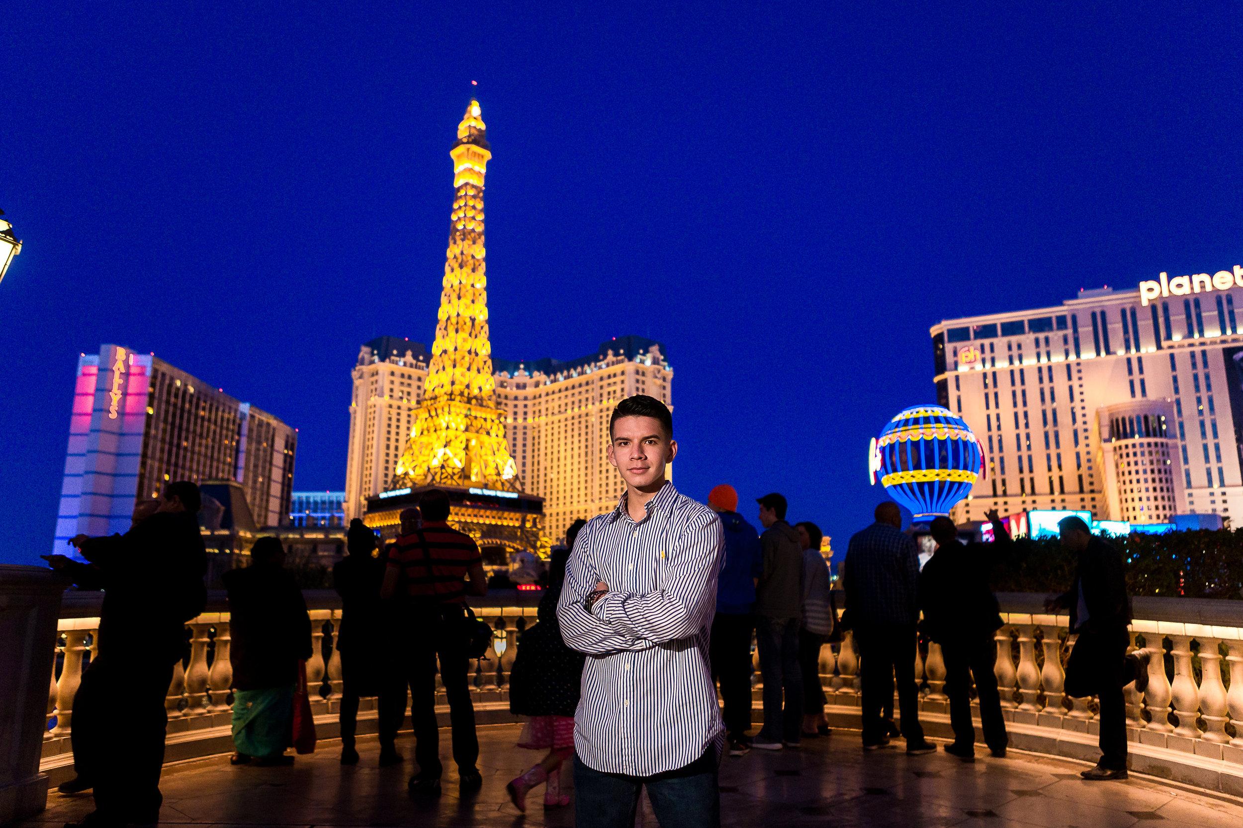 Las_Vegas_HS_Senior_Photos_Bellagio_Paris_Caesars_Portraits-0253.jpg