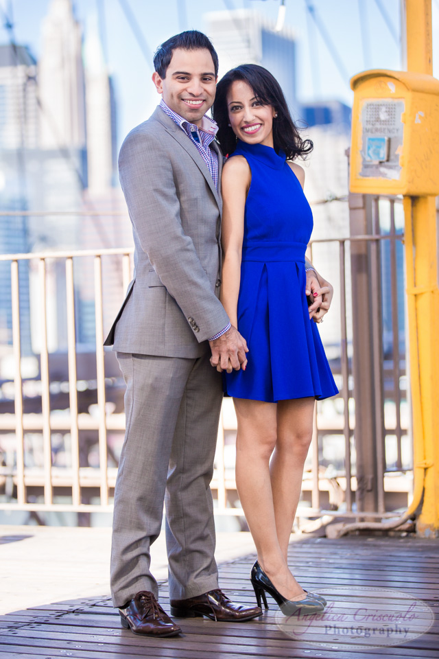 Brooklyn Bridge couple photos engagement