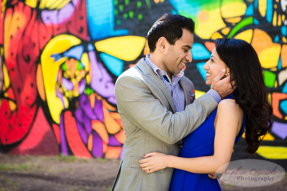 Brooklyn Photographer engagement in DUMBO Graffiti wall photo ideas