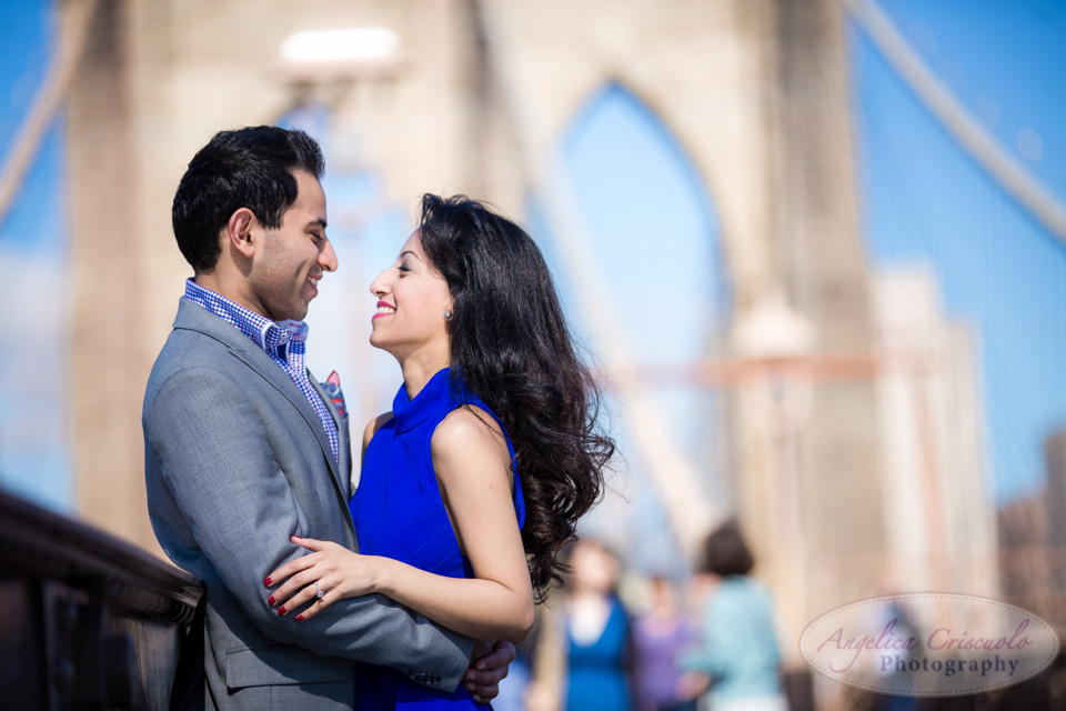 New_York_City_Engagement_Photo_Ideas_DUMBO_BrooklynBridgeW-8.jpg