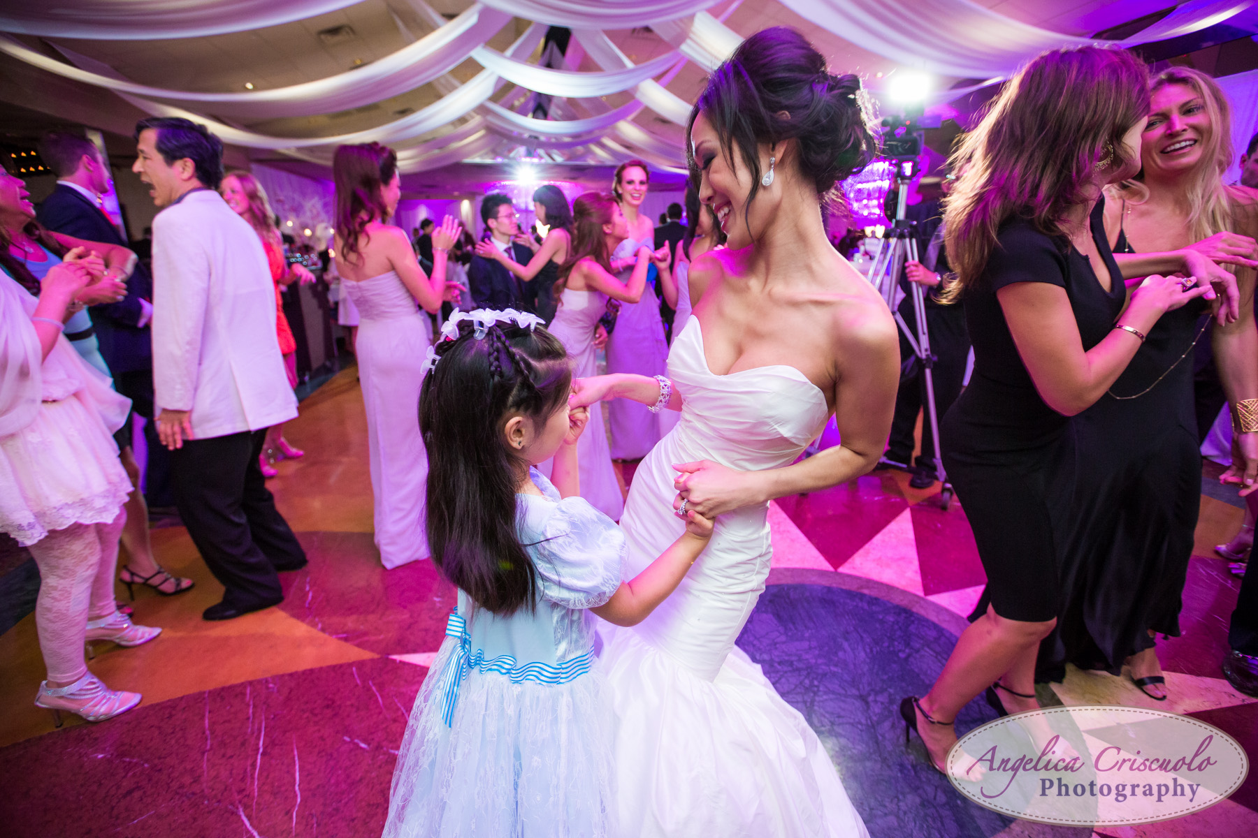 NYC_Wedding_Photography_Long_Island_Crest_Hollow_Country_Club_W-1461.jpg