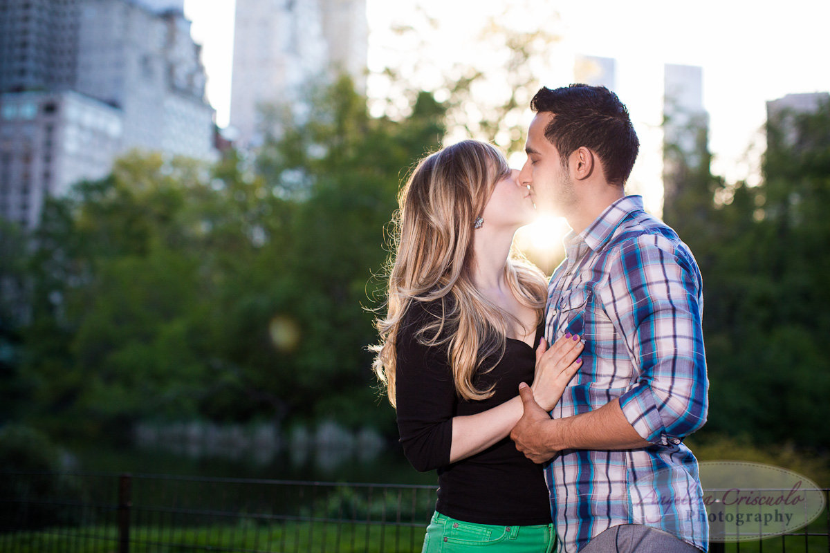 New York Engagement Photography Central Park Gapstow Bridge Spring flowers Sun flare