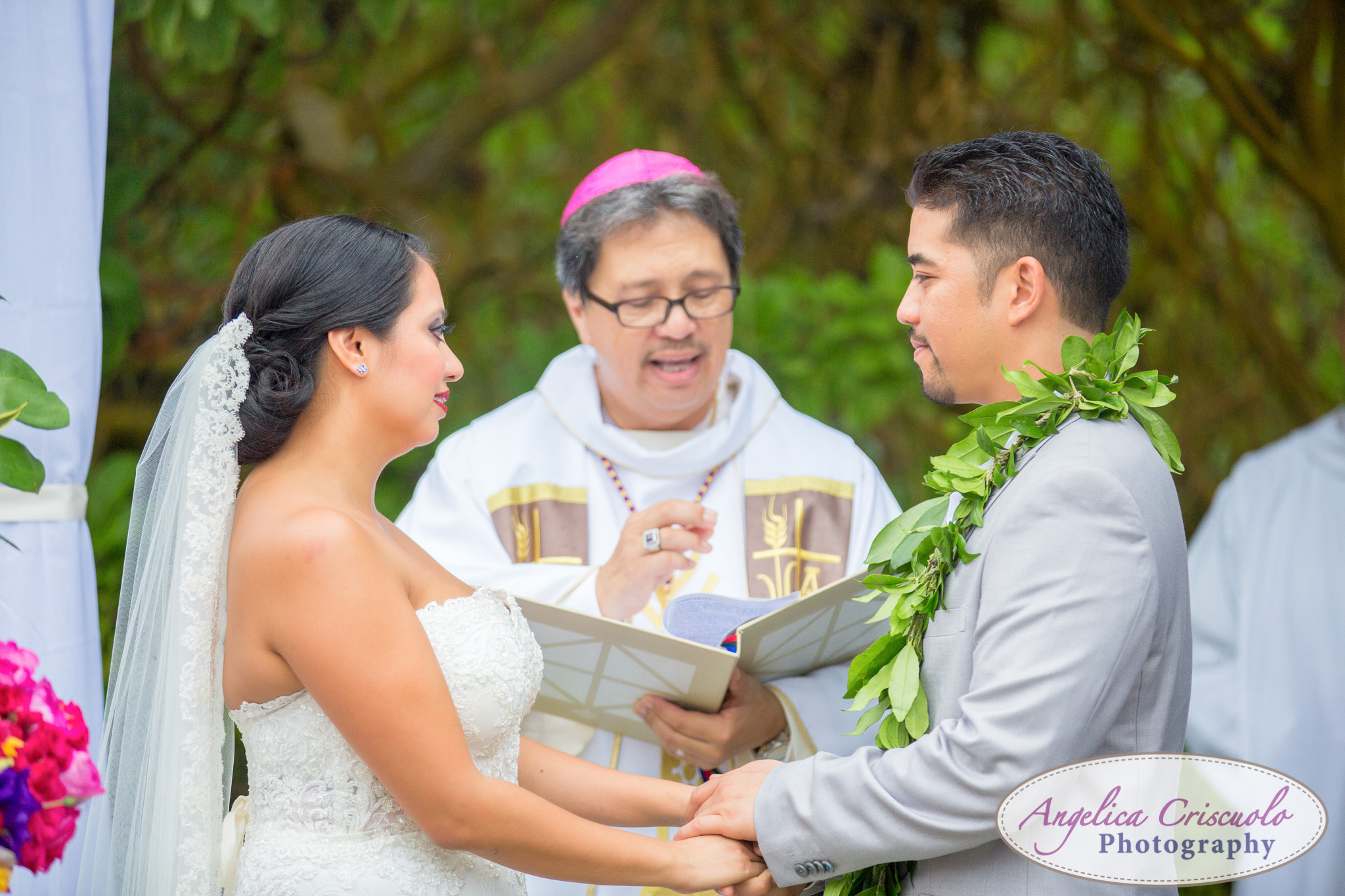 Hawaii_Wedding_Photographer_Oahu_Destination_web-392