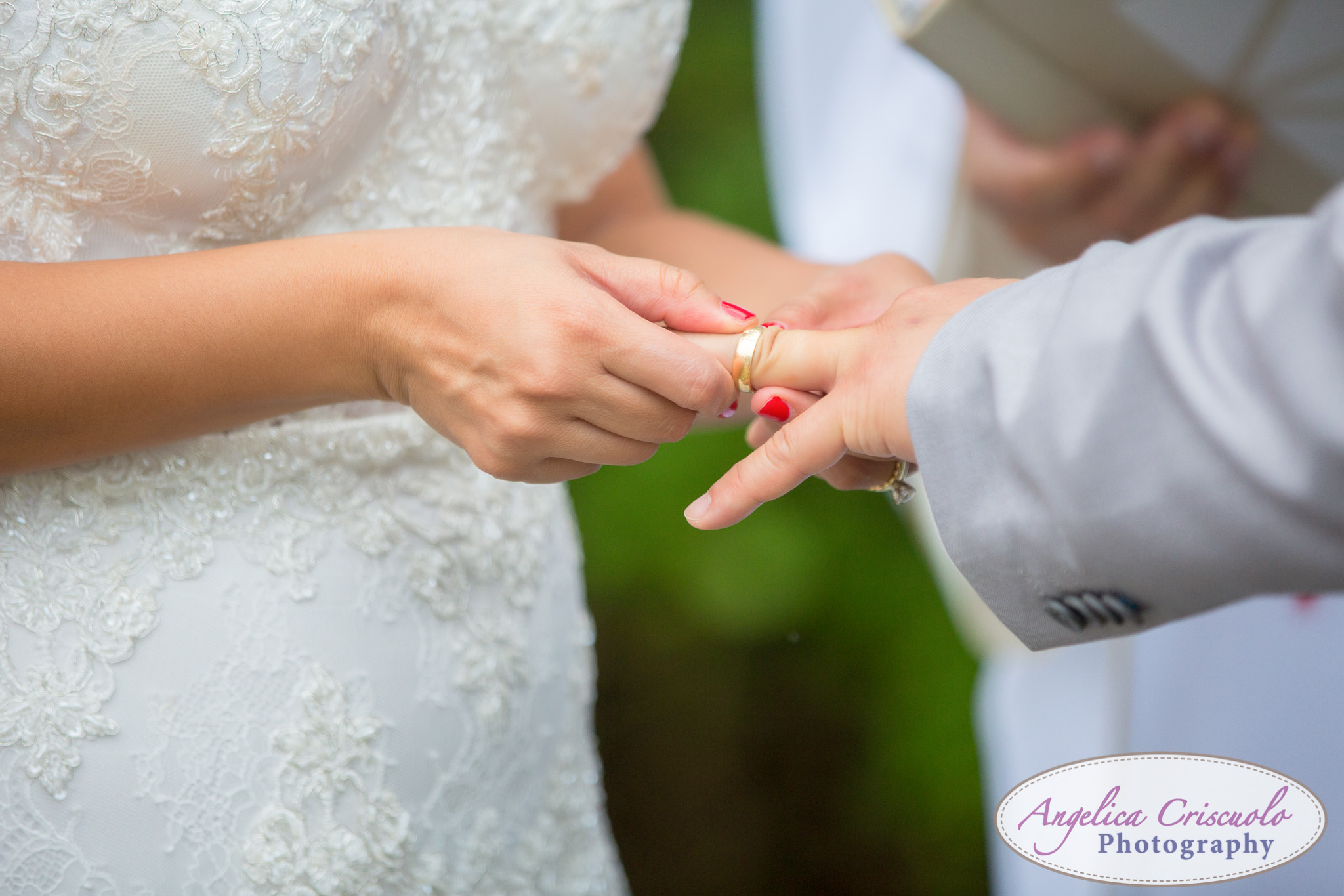 Hawaii_Wedding_Photographer_Oahu_Destination_web-396