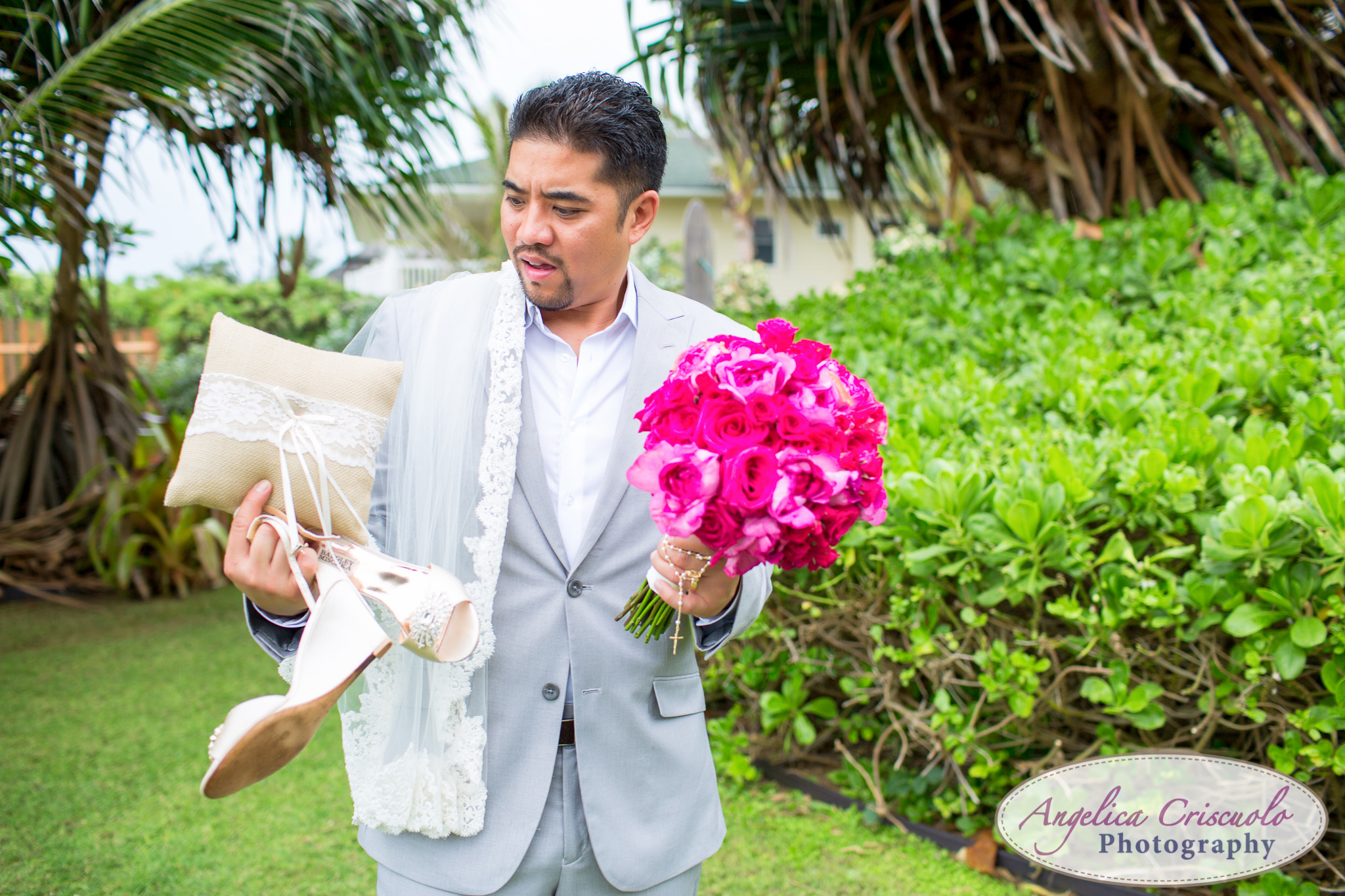 Hawaii_Wedding_Photographer_Oahu_Destination_web-541