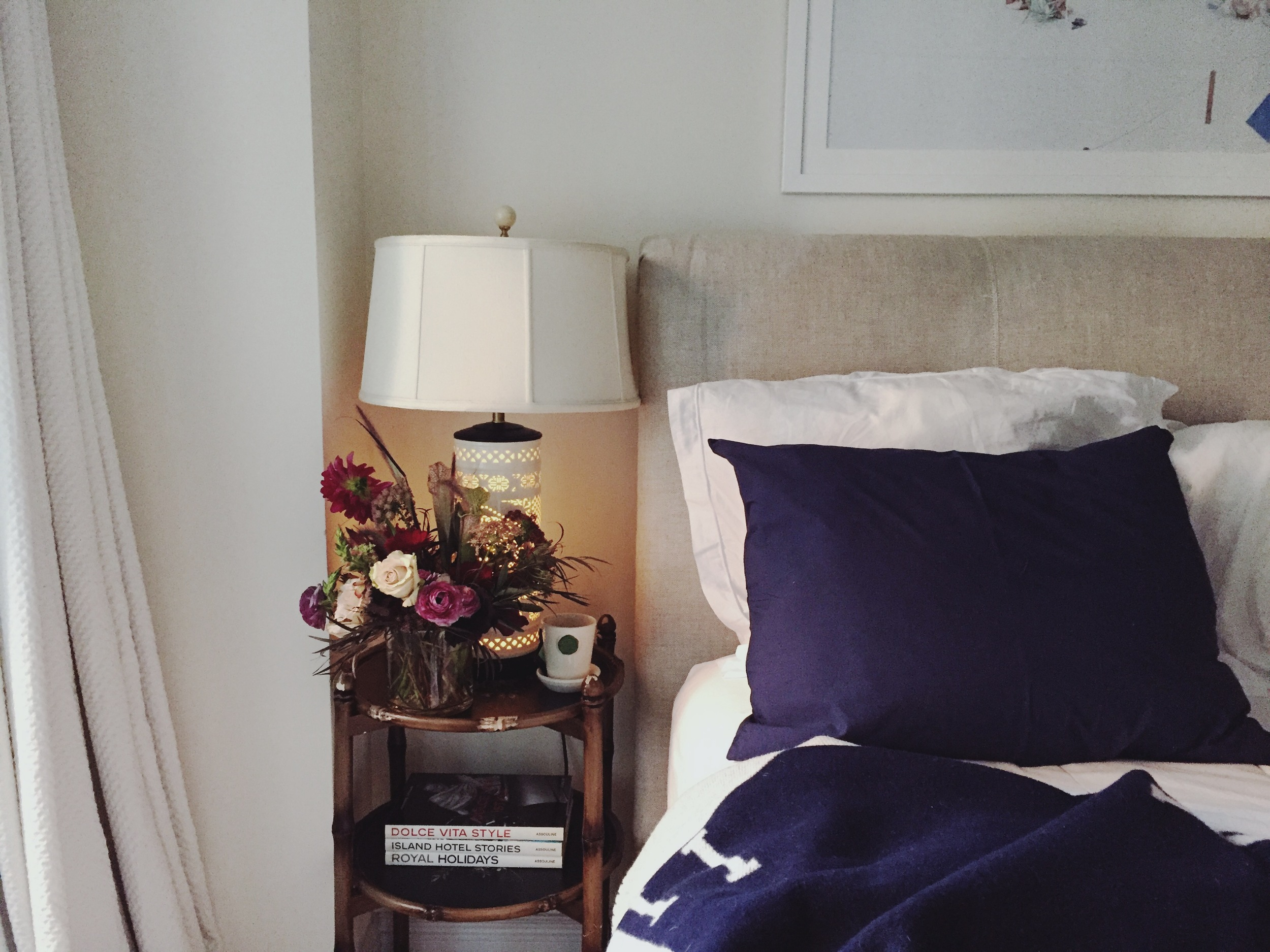 My favorite Parachute Home navy percale pillowcases and white percale sheets