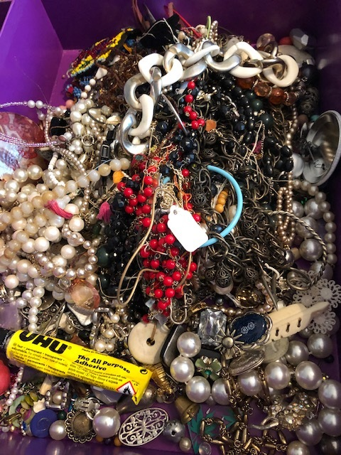 1.Broken Jewels. - I never throw away broken jewellery. I store it in a box and it can come in super handy.