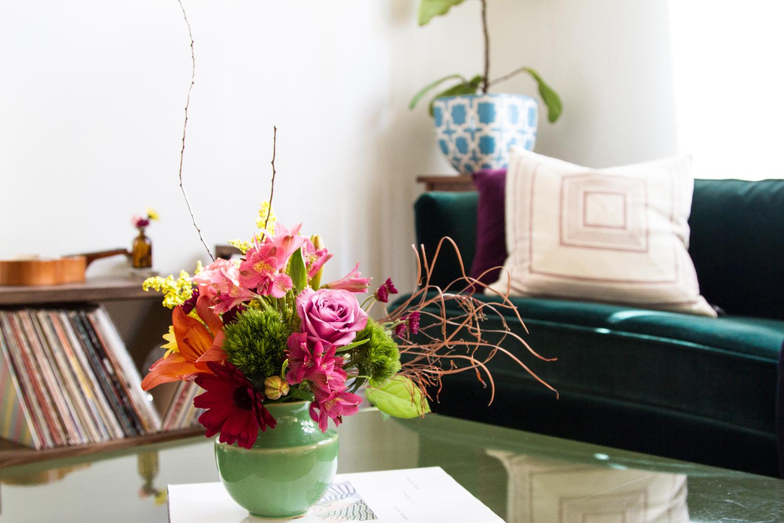 at-home floral arrangement | desertfroth.com