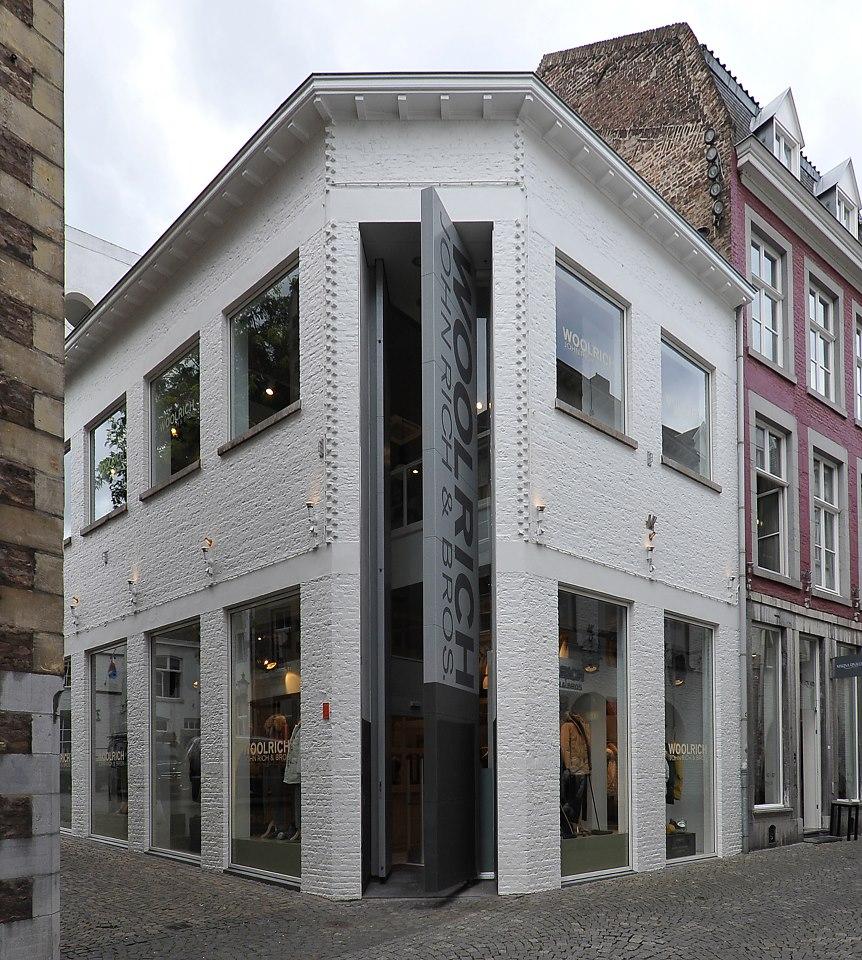 WOOLRICH -Maastricht (NL) - 2012