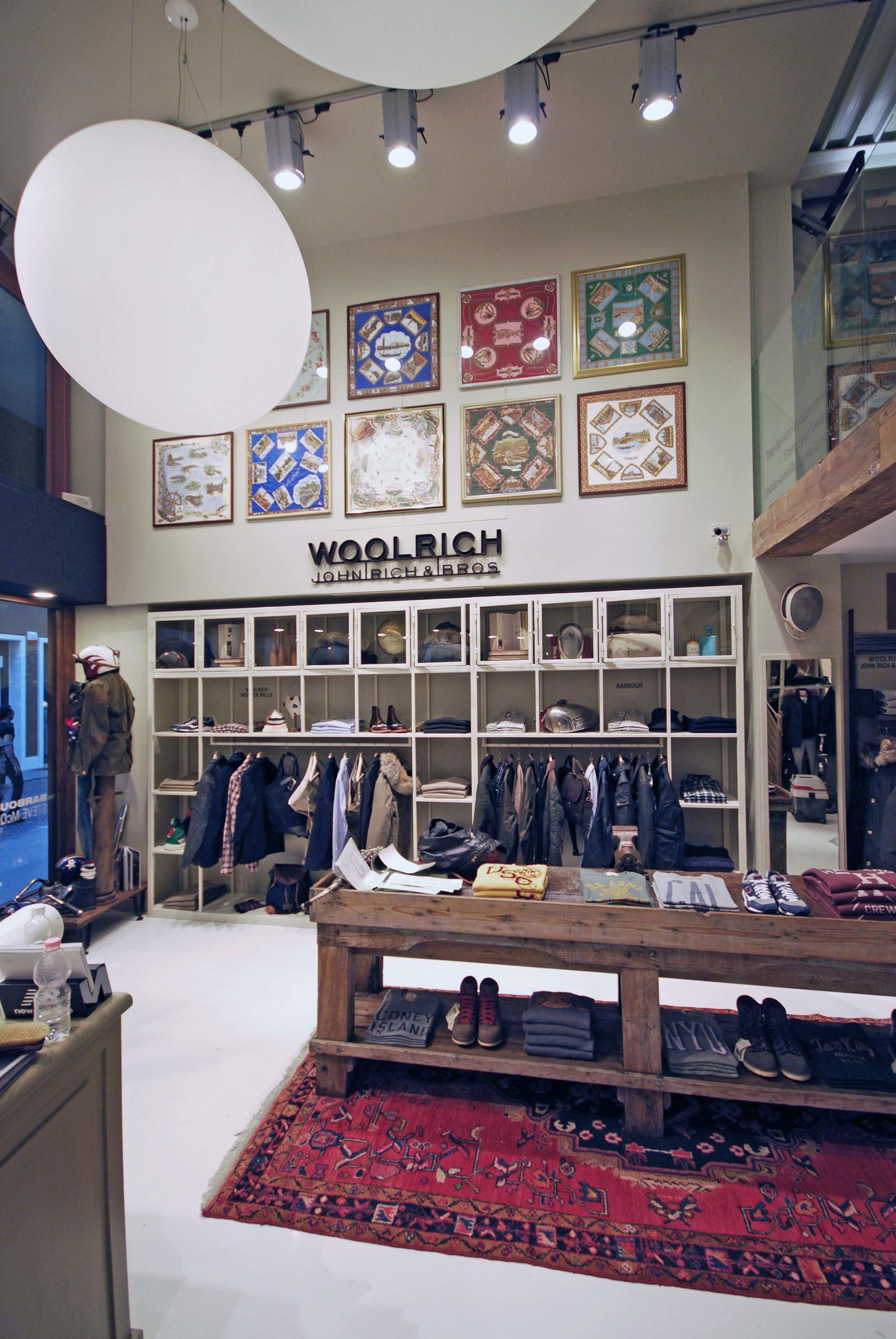 WOOLRICH -Padova (IT) - 2011
