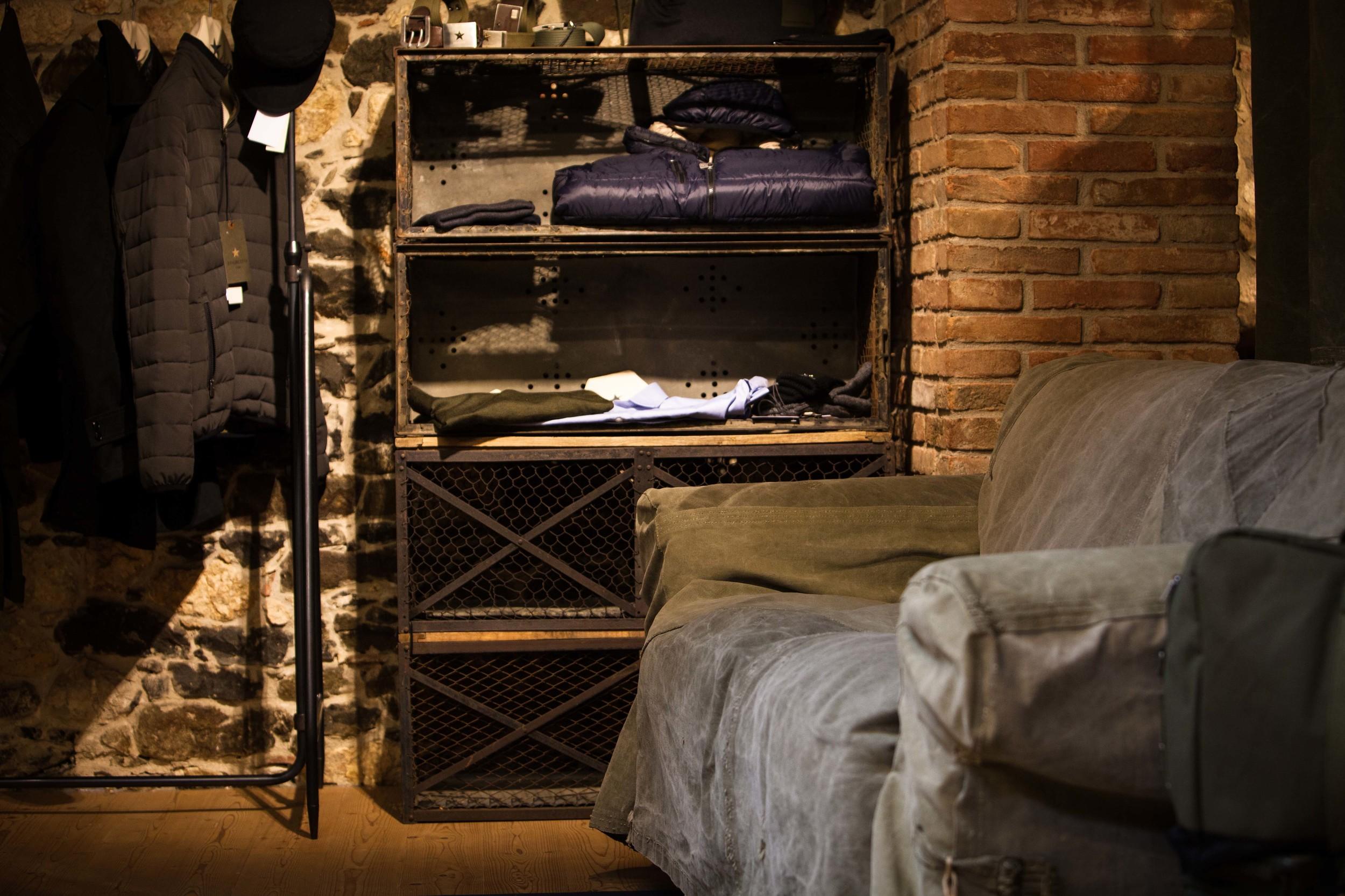 STEFANO LORA SHOW ROOM – per ESERCITO ITALIANO, Brendola (VI)  - 2015