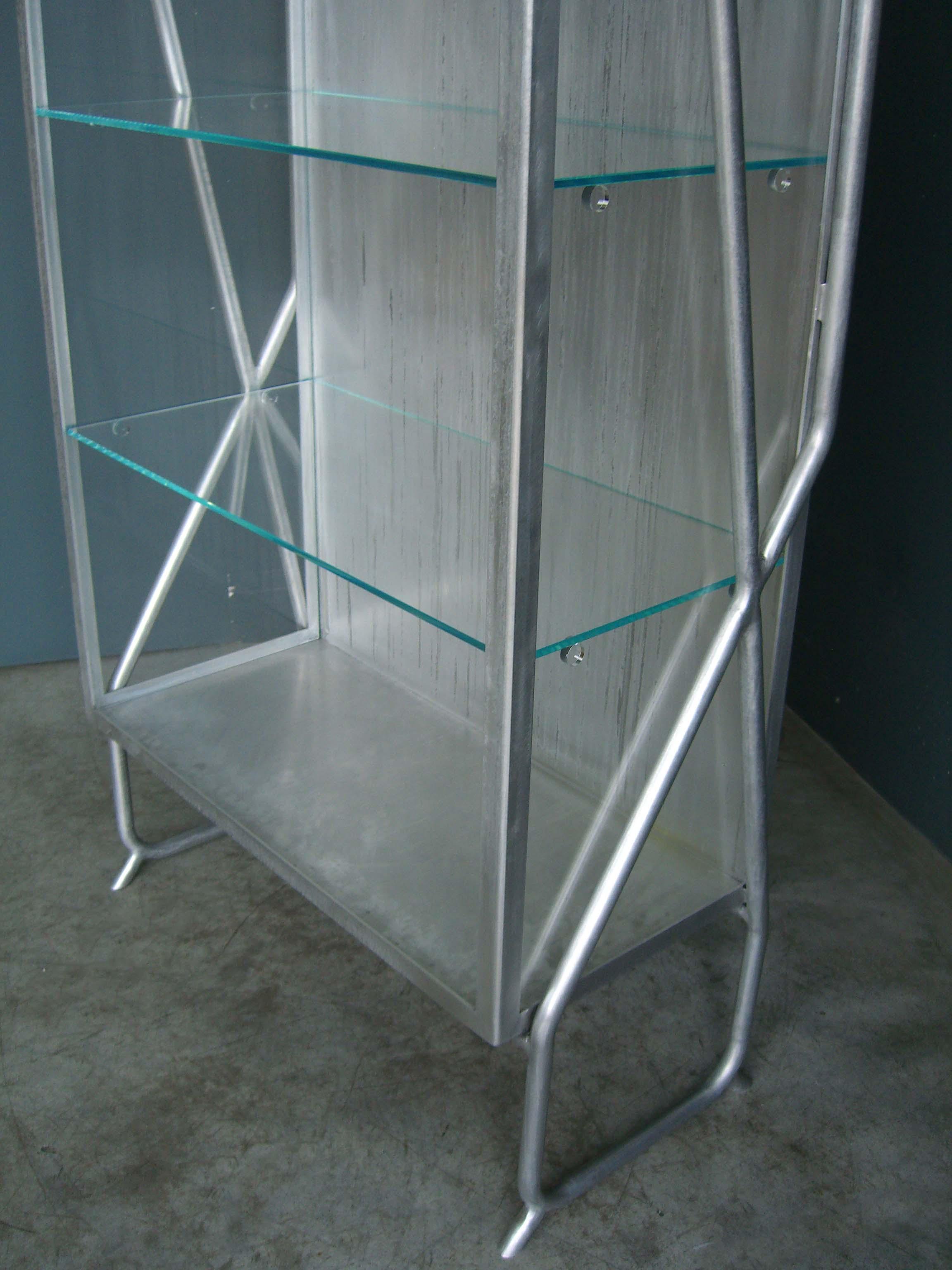 ORVETT for DIESEL - ANALGESICA SHOWCASE, aluminium