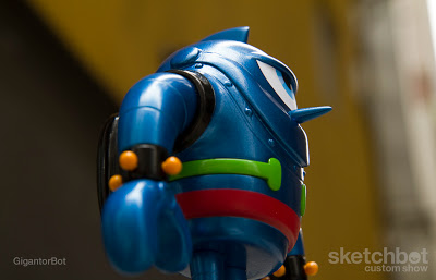 GigantorBot-3.jpg