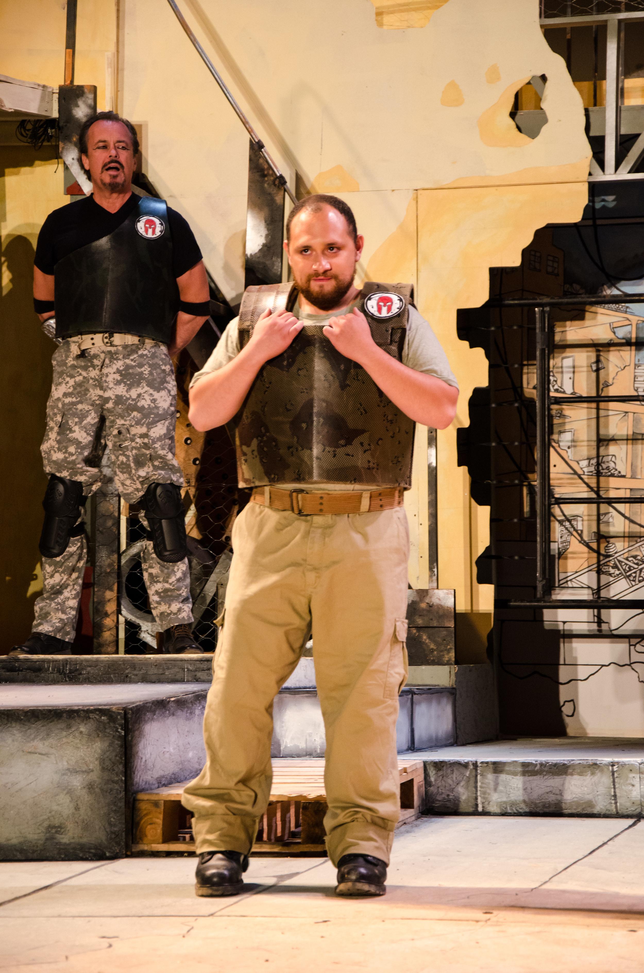 Agamemnon (Jeffrey Rensch), Menelaus (Deigo Sandino)