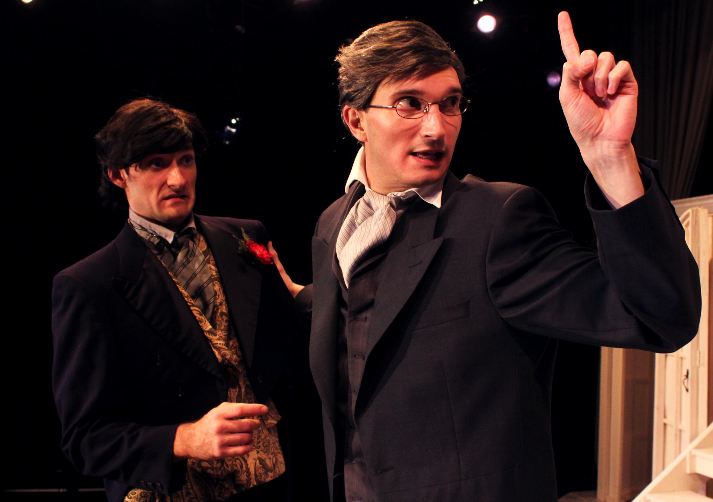 Lord Goring (Ian Potter), Robert Chiltern (Thomas Weaver)