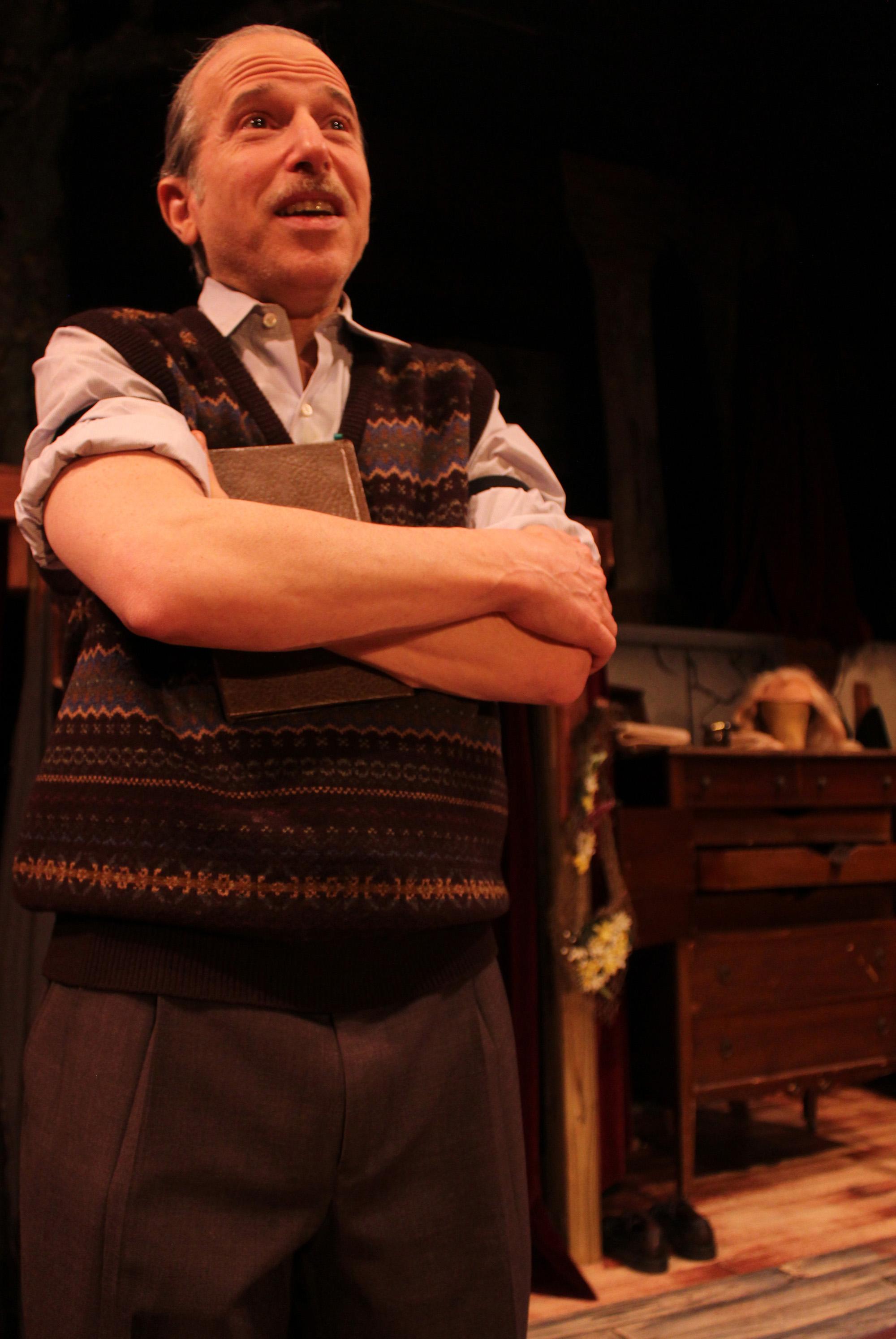 Norman (David Newhouse)