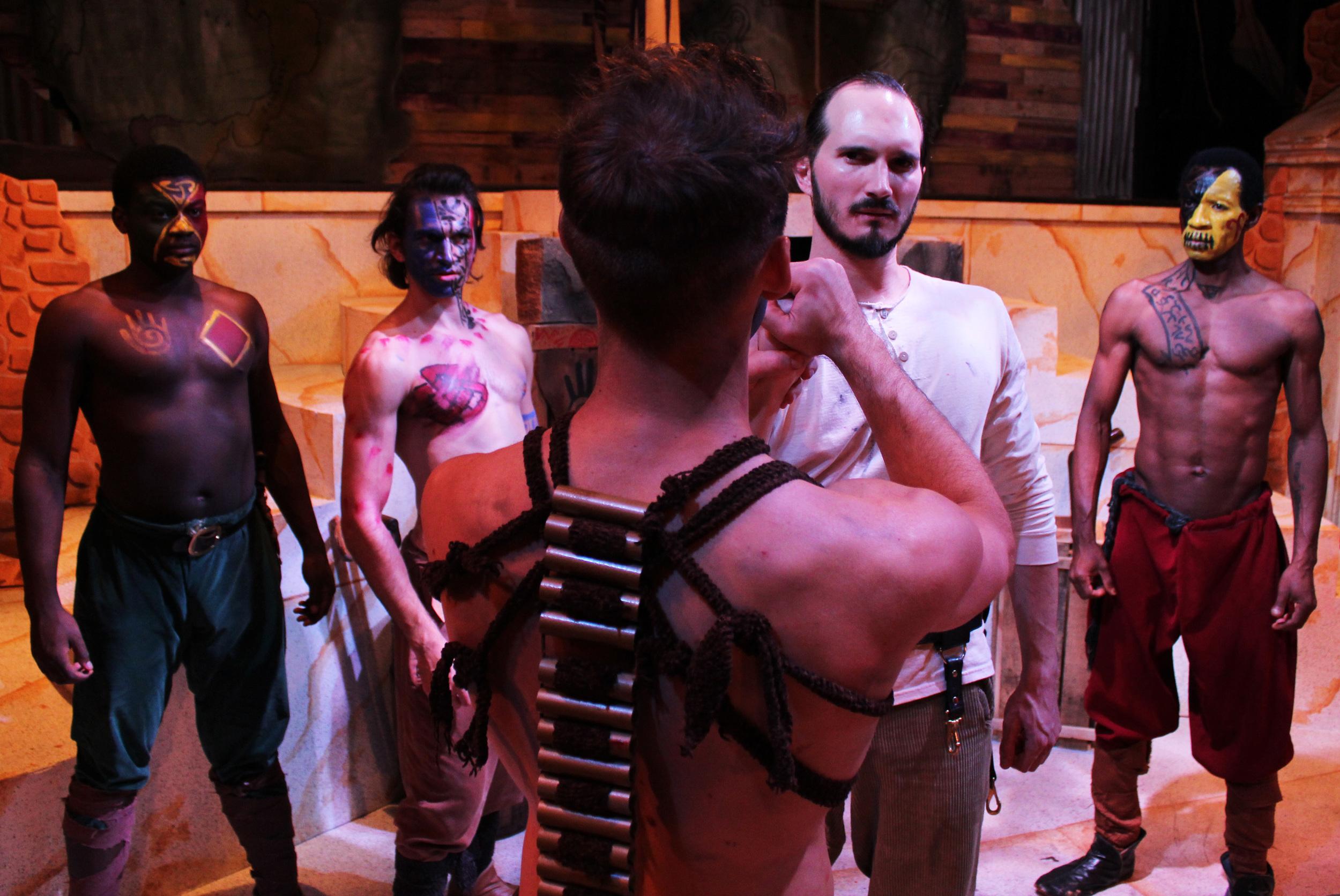 Volsce (Bernard Joseph), Volsce (Ben Koontz), Aufidius (Ian Potter), Coriolanus (Thomas Weaver), Volsce (Clem Onukwubiri)