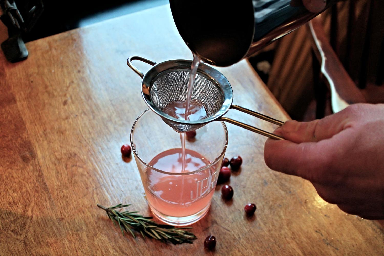 Cranberry Gin Smash | www.hungryinlove.com