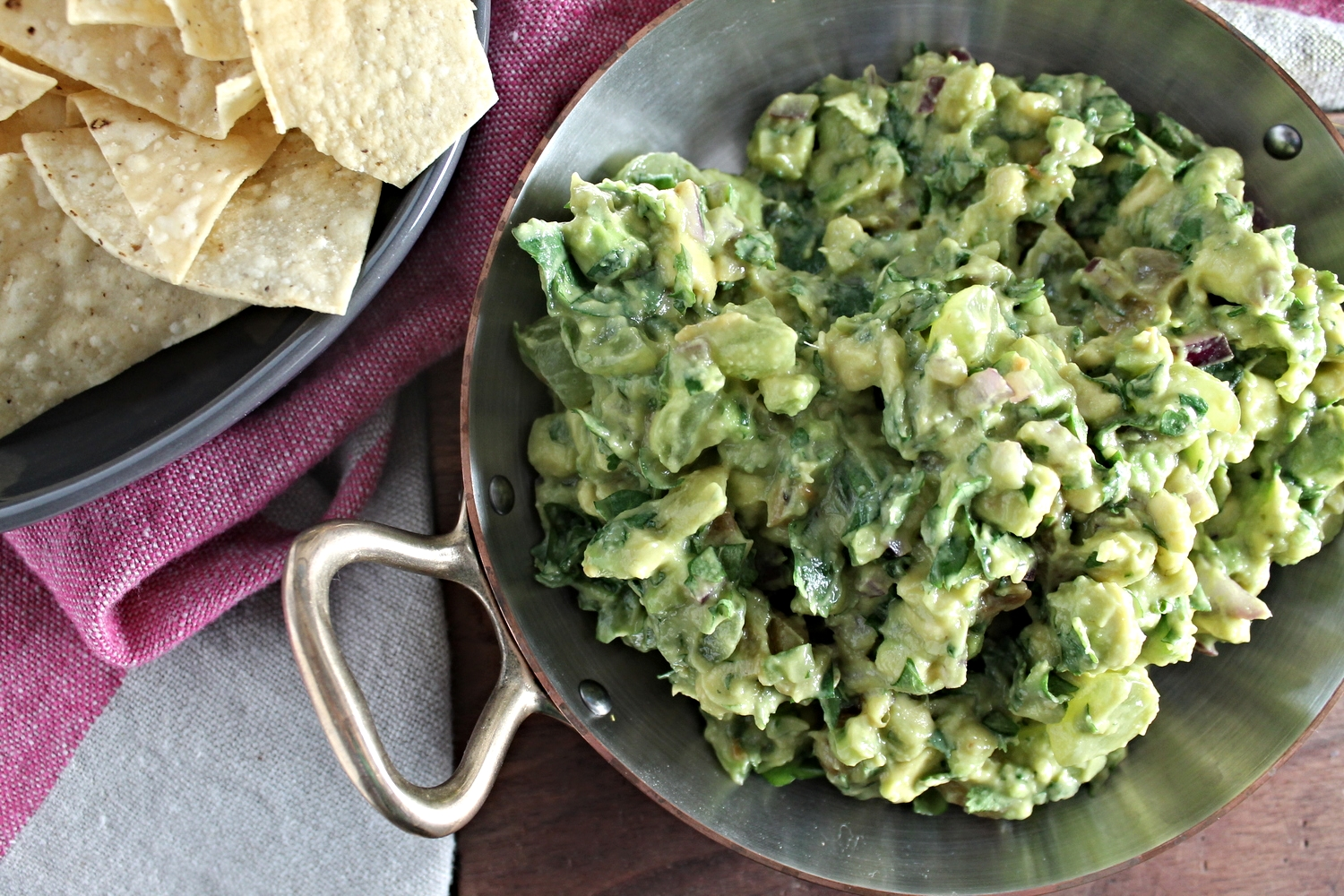 Roasted Green Grape Guacamole | www.hungryinlove.com