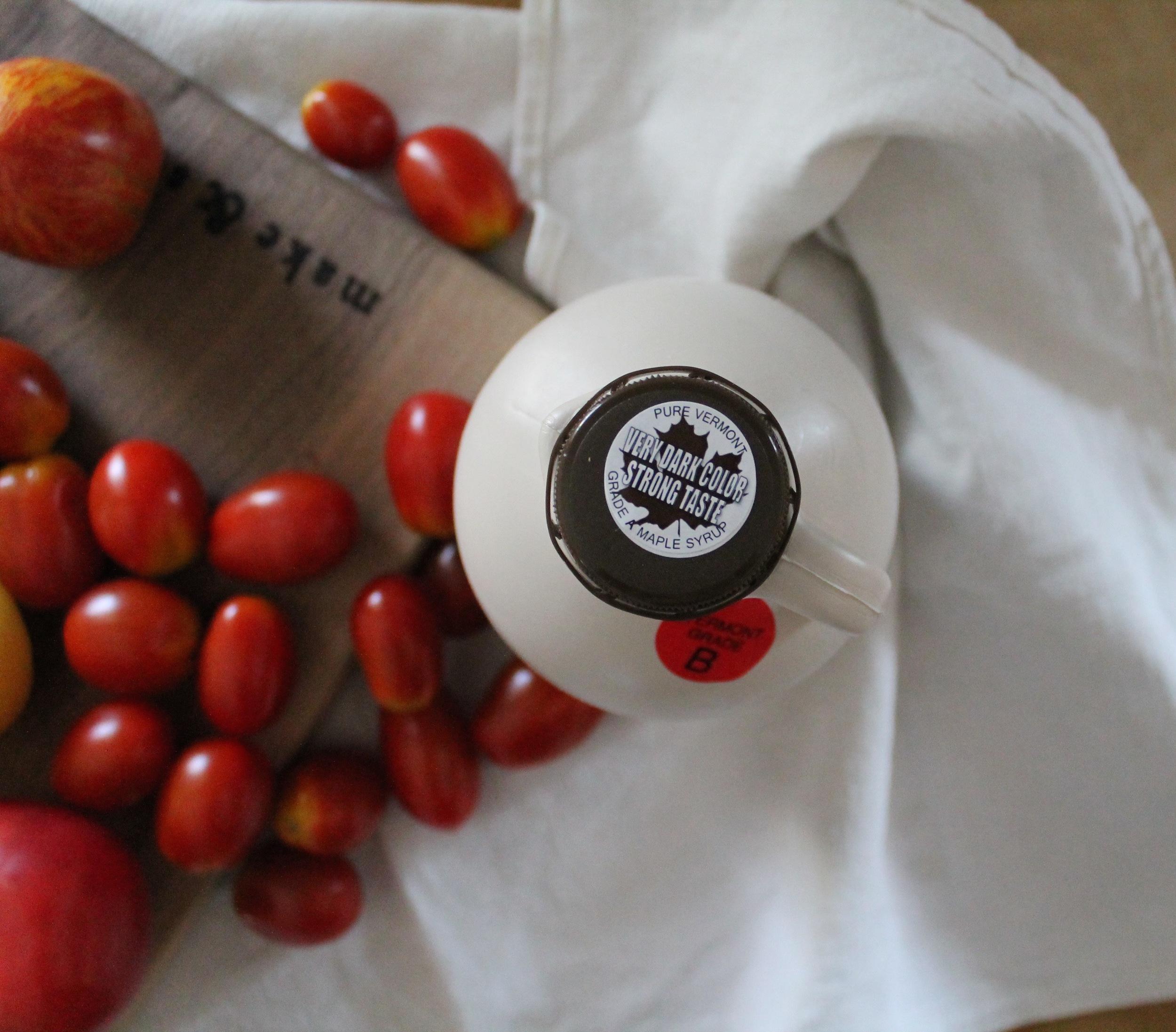 Maple Roasted Tomato Sauce   www.hungryinlove.com