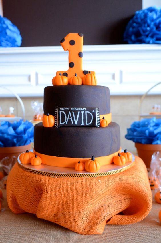 chalkboard pumpkin cake