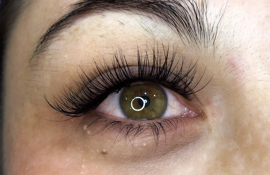 Synthetic eyelash extensions brisbane