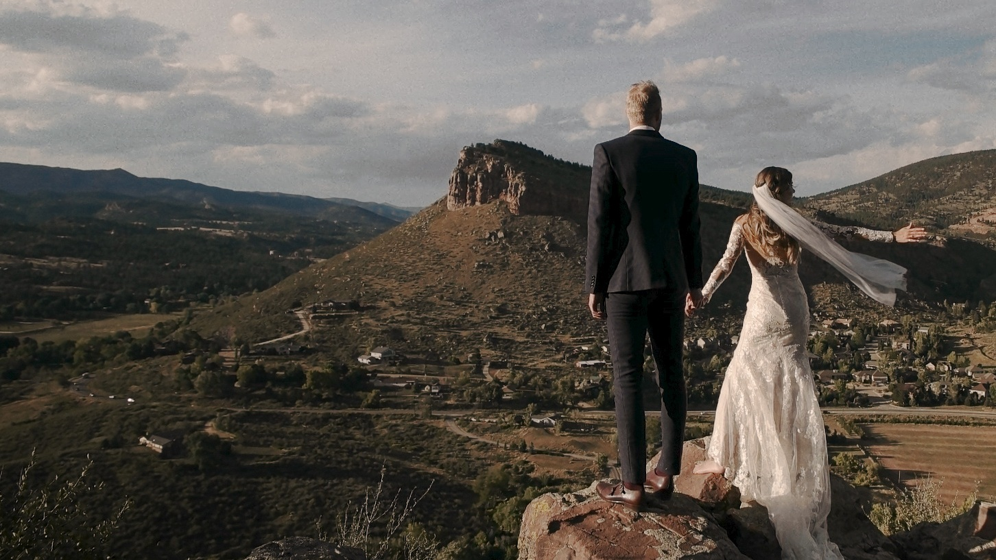 Shelby & Luke - Lyons, colorado―poetic vows shared in the colorado foothills