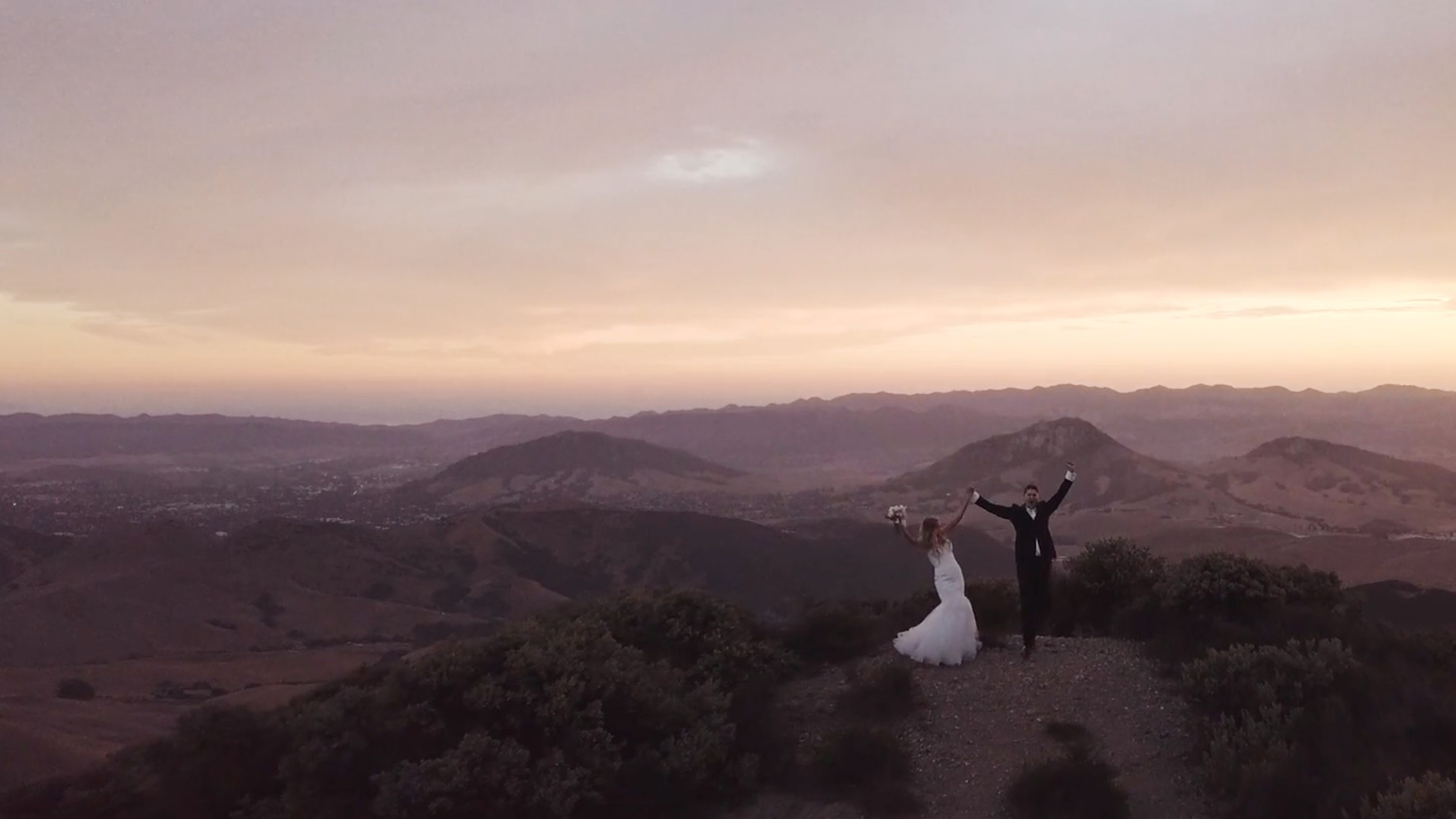 Allison & Stephen - paso Robles, california―9 years in the making & a whole lotta joy.