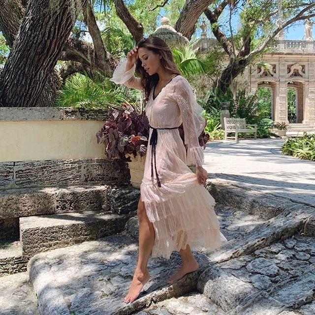 Magical lace and ruffled today and every day 💫💕#allisongirls #shopallison . . . . . . . . . . . . . #springtime #itgirl #fashion #style #love #ruffles #lace #styleblog #fashionblogger #instafashion #jetset #miamistyle #miamifashion #globetrotter #bohochic #bohostyle