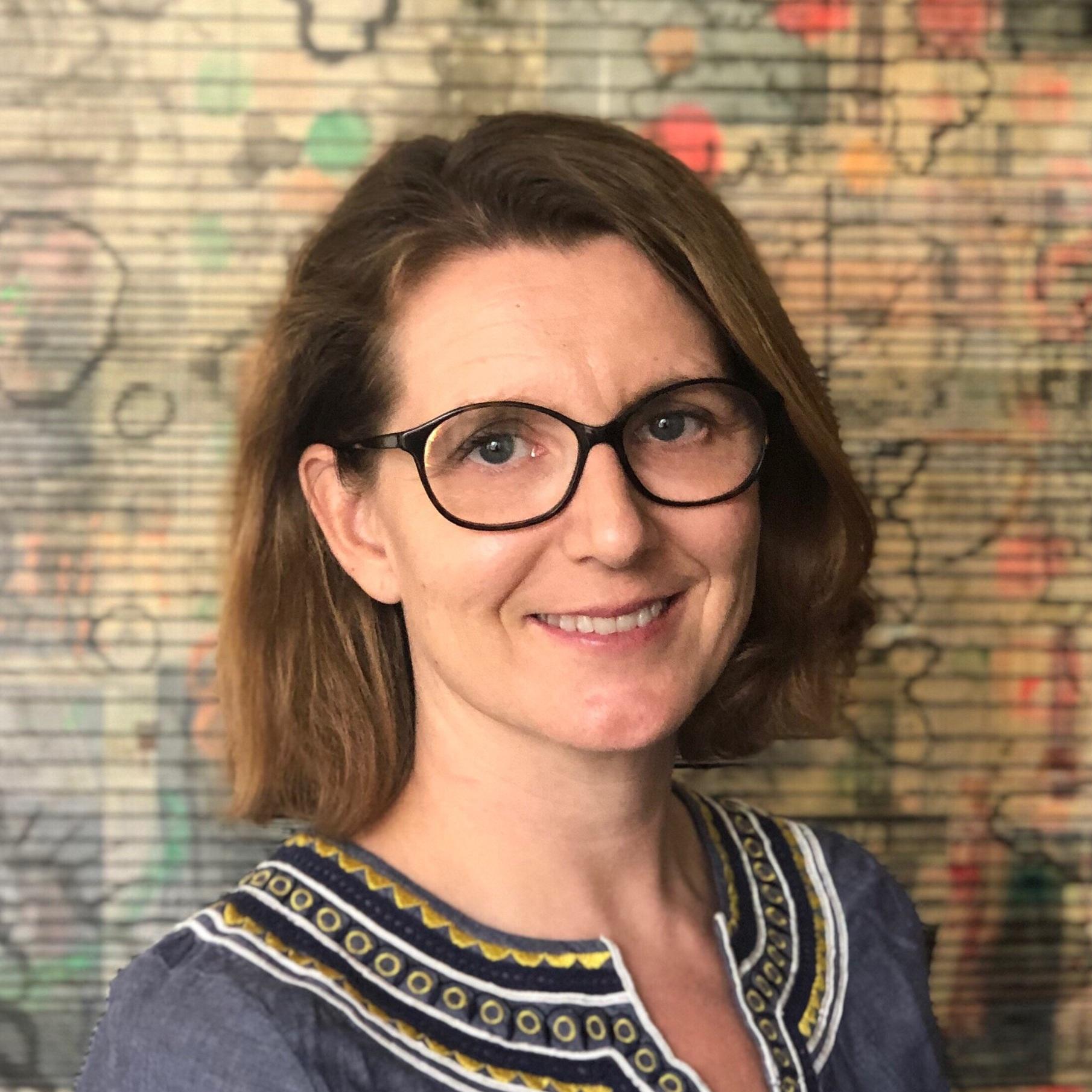 Caroline de La Tournelle Managing Director 🇸🇬