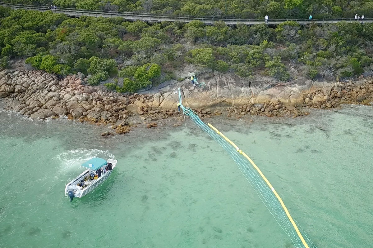 Global Marine Enclosures Aquarius Barrier Installation 7