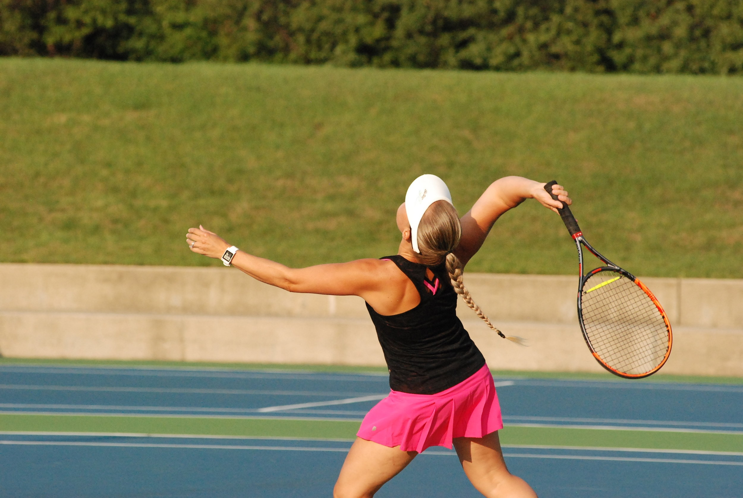LEAGUES   Play to win! With men's, women's, mixed, singles and doubles leagues for all skill levels, leagues are the perfect way to have fun, socialize with fellow players and challenge yourself!   LEAGUE INFO