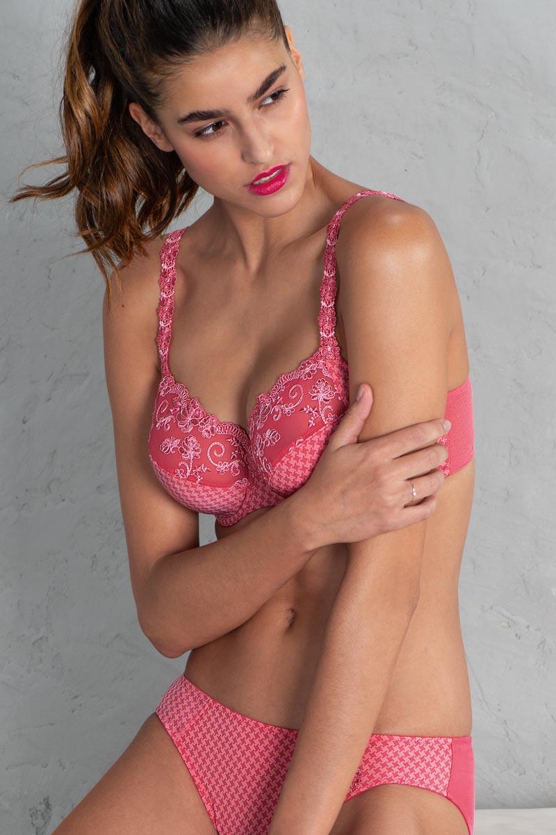 Underwire-bra-Josephine-5674-strawberry-Rosa-Faia-1.jpg