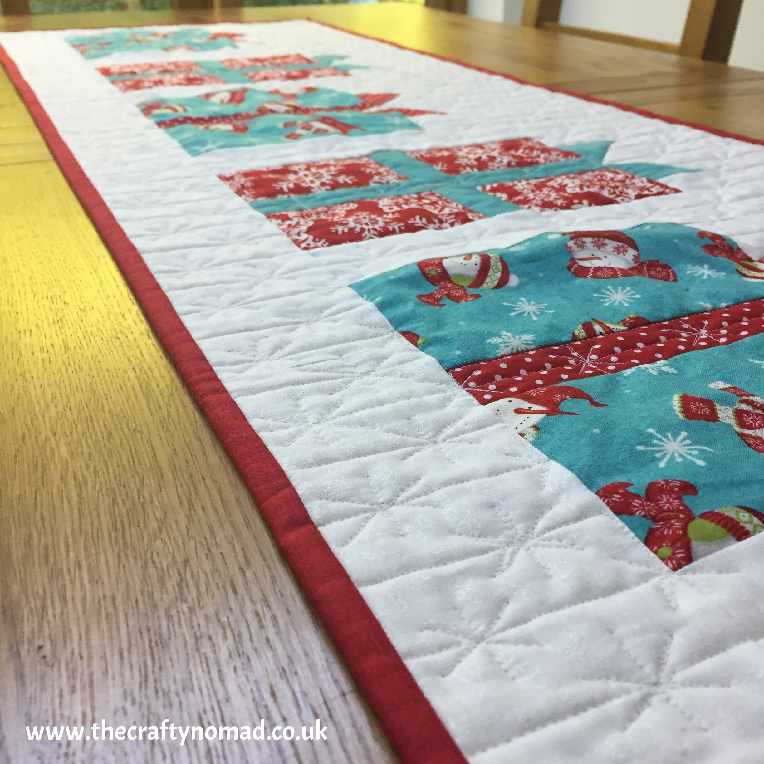 Gifts Galore Christmas Table Runner Patchwork Quilting Pattern The Crafty Nomad