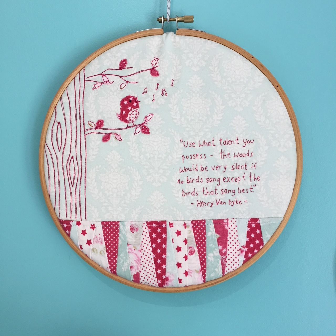 The Crafty Nomad Birdy Hoop Art