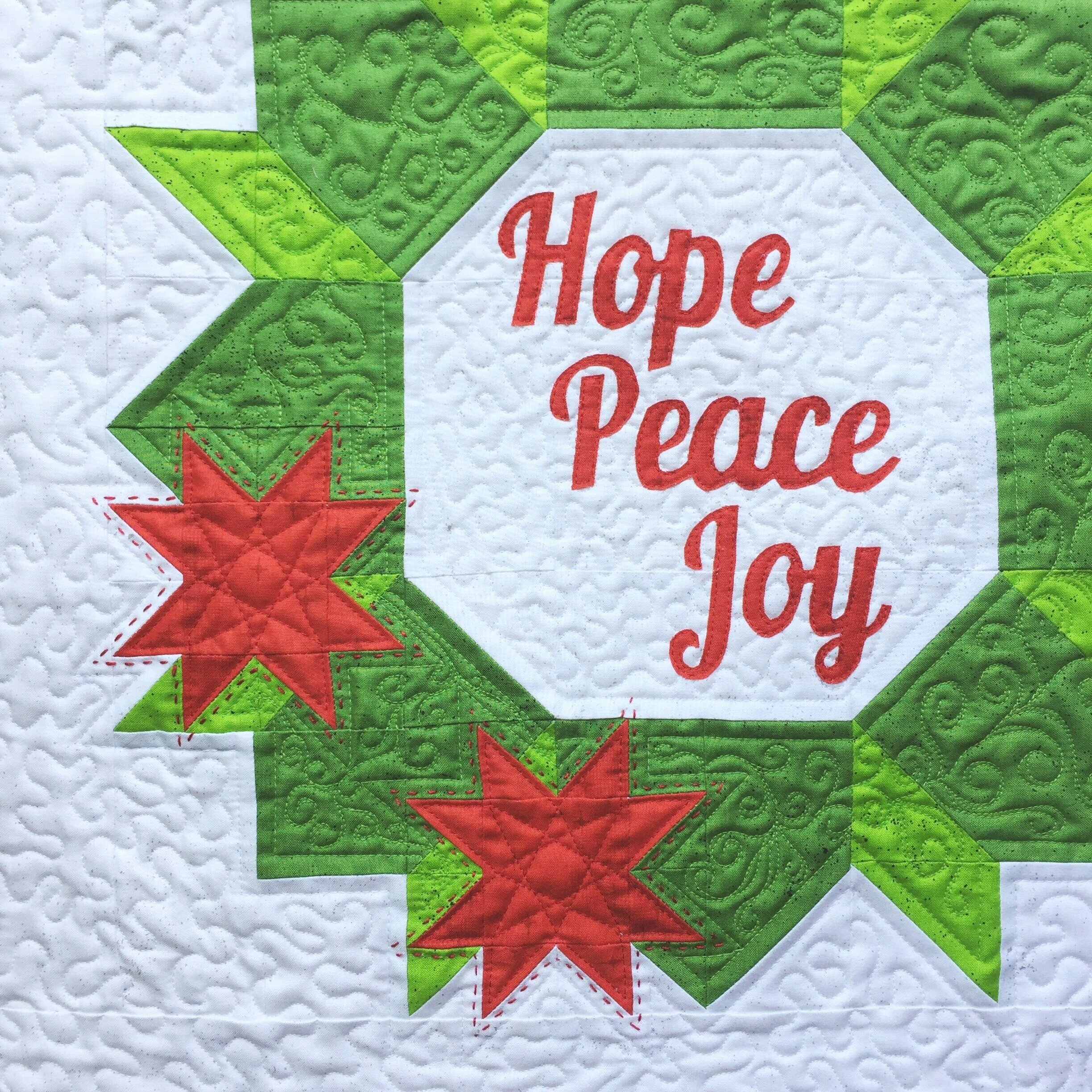 The Crafty Nomad Christmas Joy Wreath Quilt Pattern