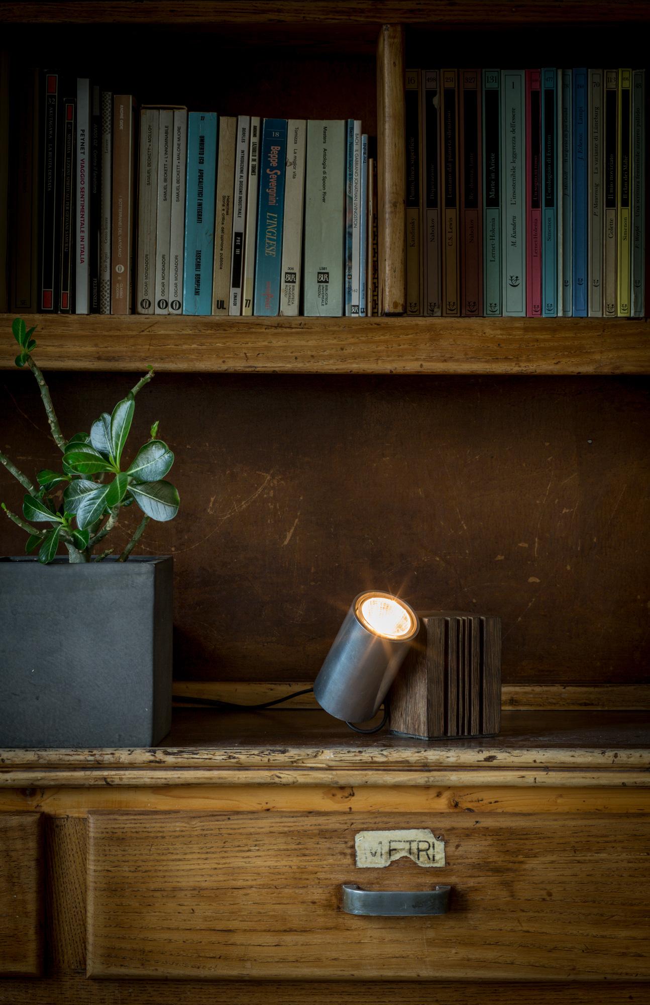 ax_wooden-lamp_14_003.jpg
