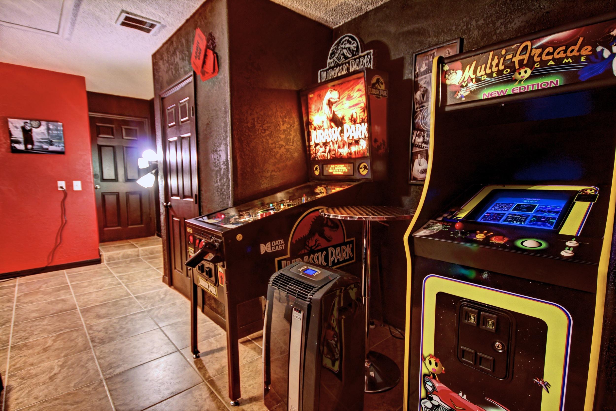 Pinball & Arcade Machines at Storytellers Villa Orlando