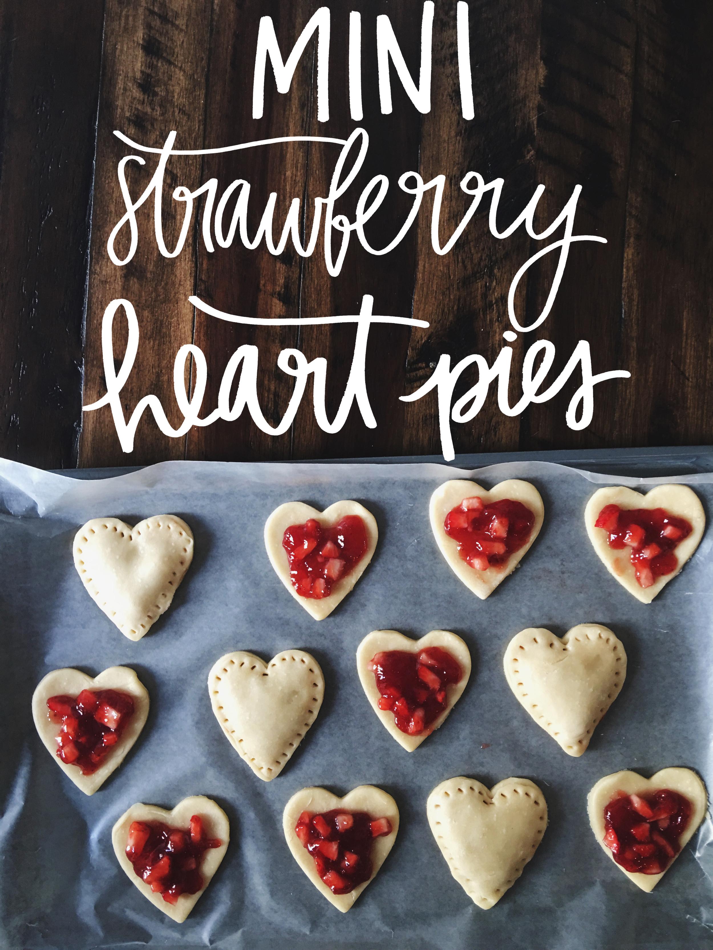Mini Strawberry Pies www.chelceytate.com
