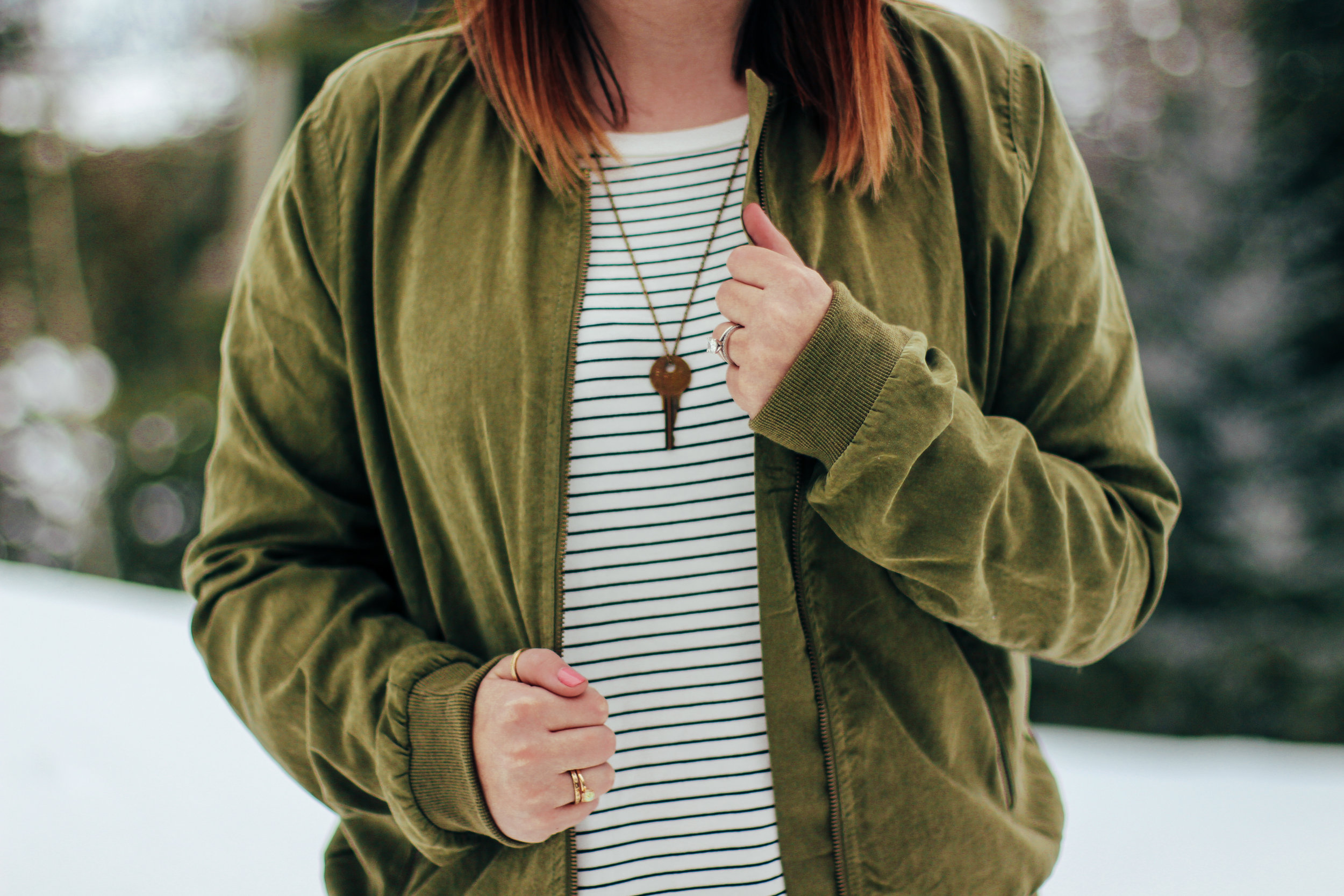 New Fave Striped Tee ft @nordstrom @madewell @thenorthface @piperandscoot @thegivingkeys @altardstate via www.chelceytate.com