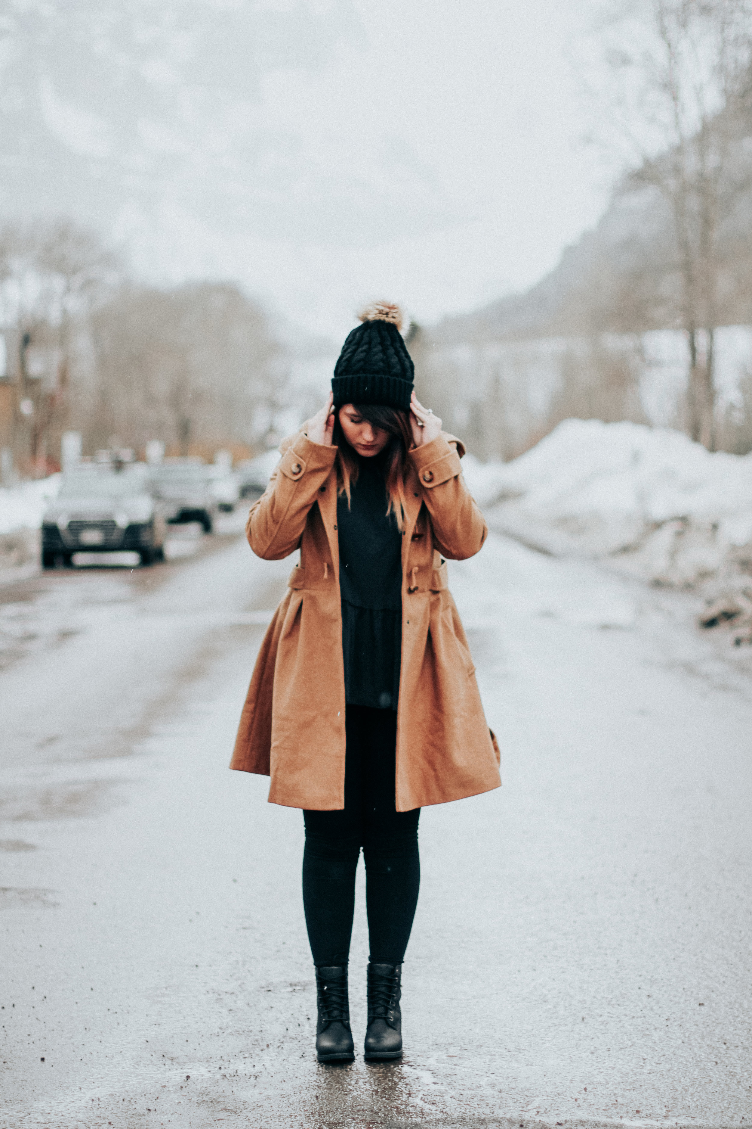 Reflecting on 2017 Telluride CO Winter Outfit of the Day via Chelcey Tate www.chelceytate.com