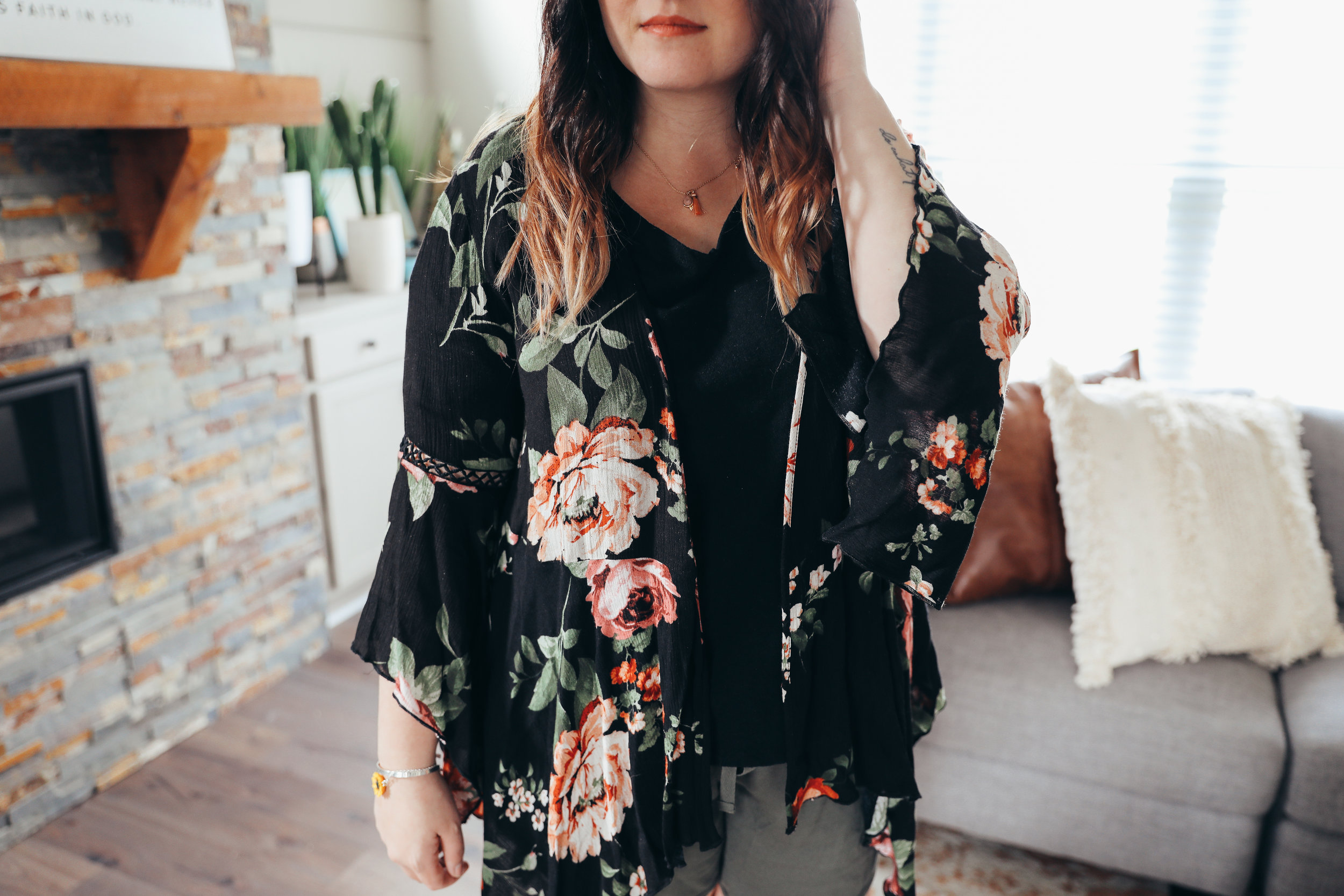 Laid Back Style Essentials for Summer via Chelcey Tate www.chelceytate.com