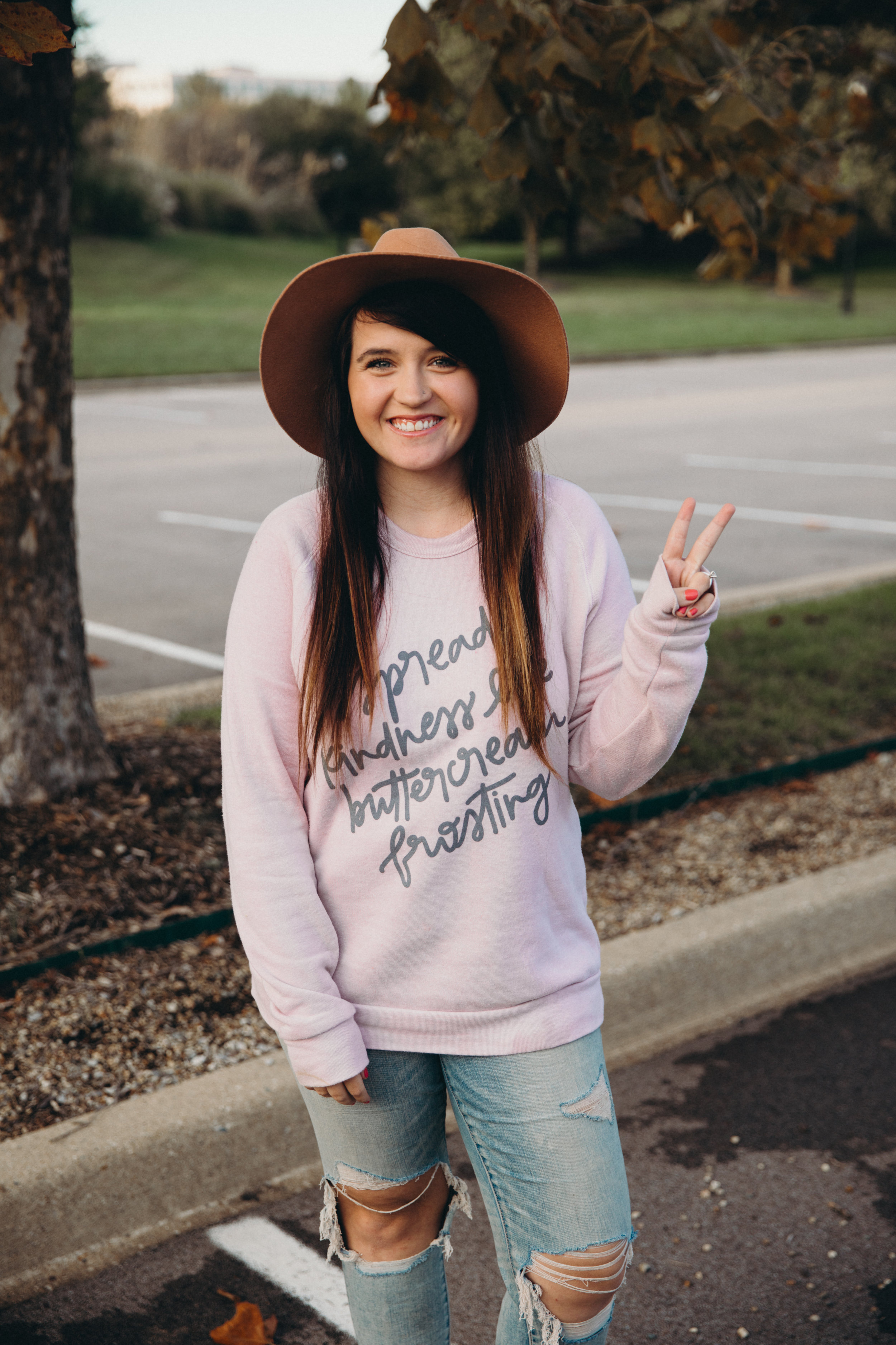Spread Kindness Like Buttercream Frosting Chelcey Tate x The Cake Shop www.chelceytate.com