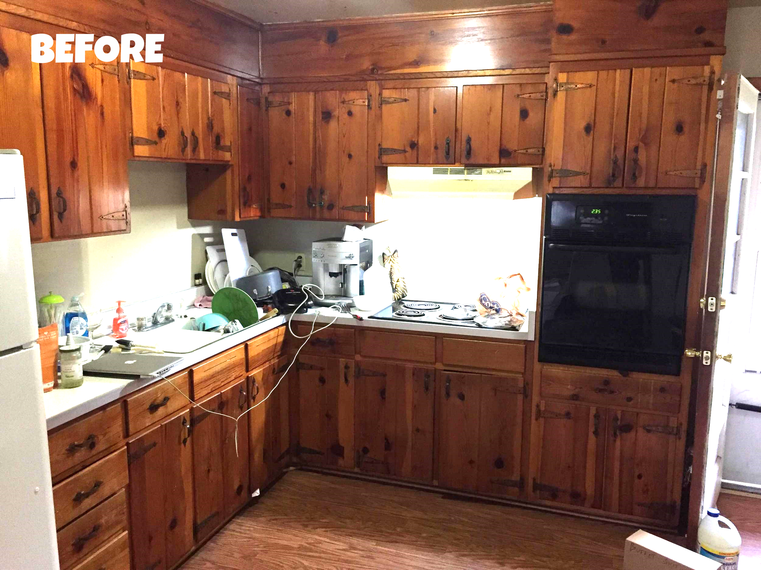 Gross, unedited version of our kitchen when we moved in (OCTOBER 2015)