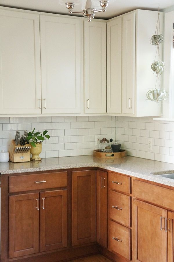 For the kitchen, if I could find a way without paint to make the top cabinets look this good....// ApartmentTherapy.com