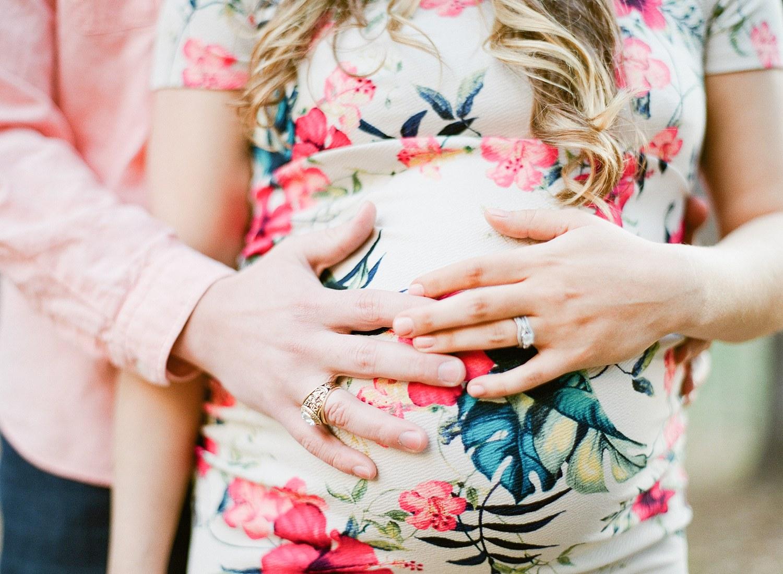 fresno maternity photographer