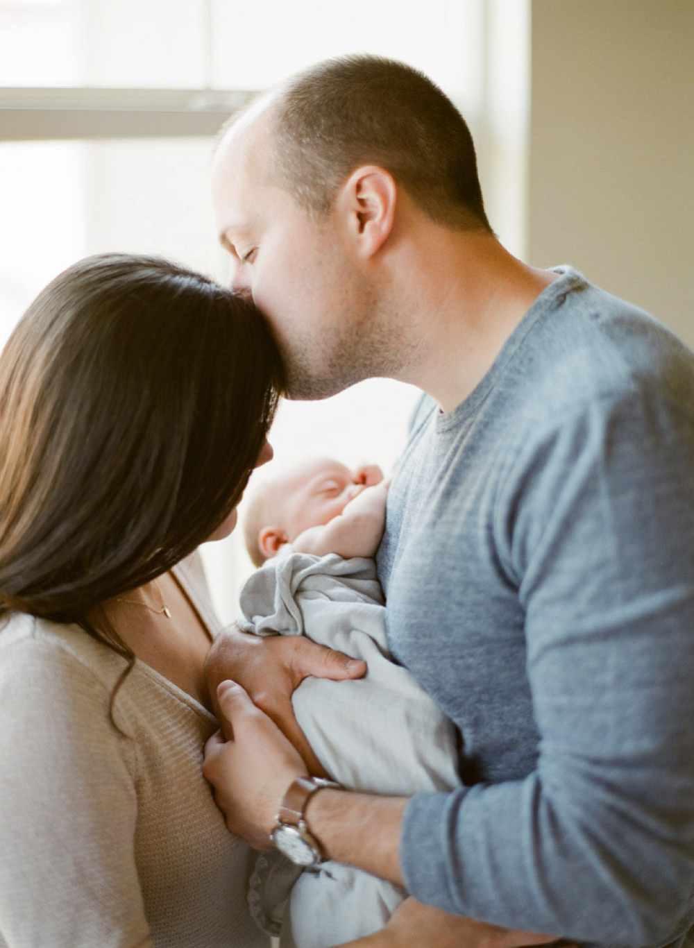 lifestyle newborn photography clovis, ca